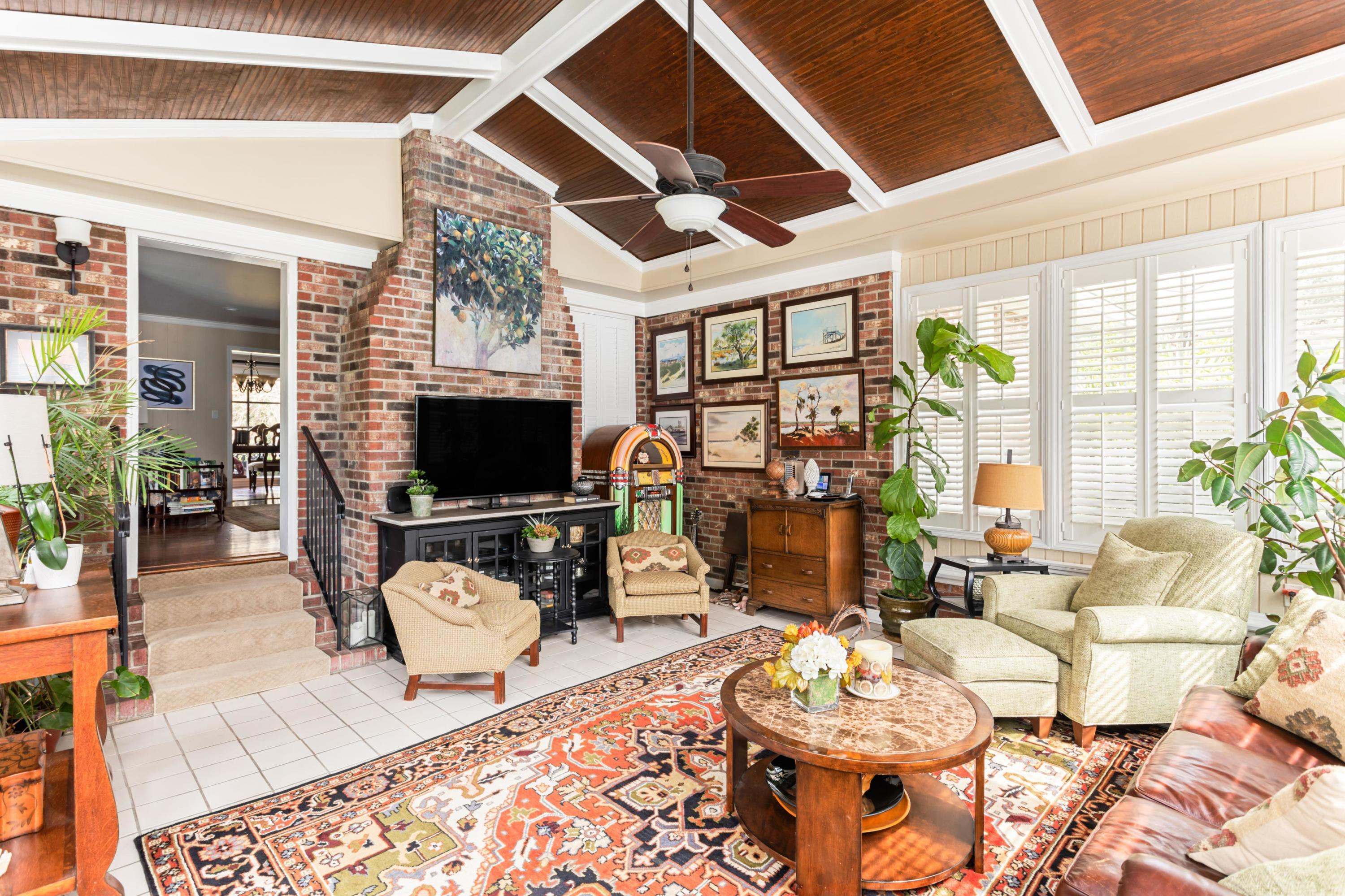 Snee Farm Homes For Sale - 1029 Governors, Mount Pleasant, SC - 24