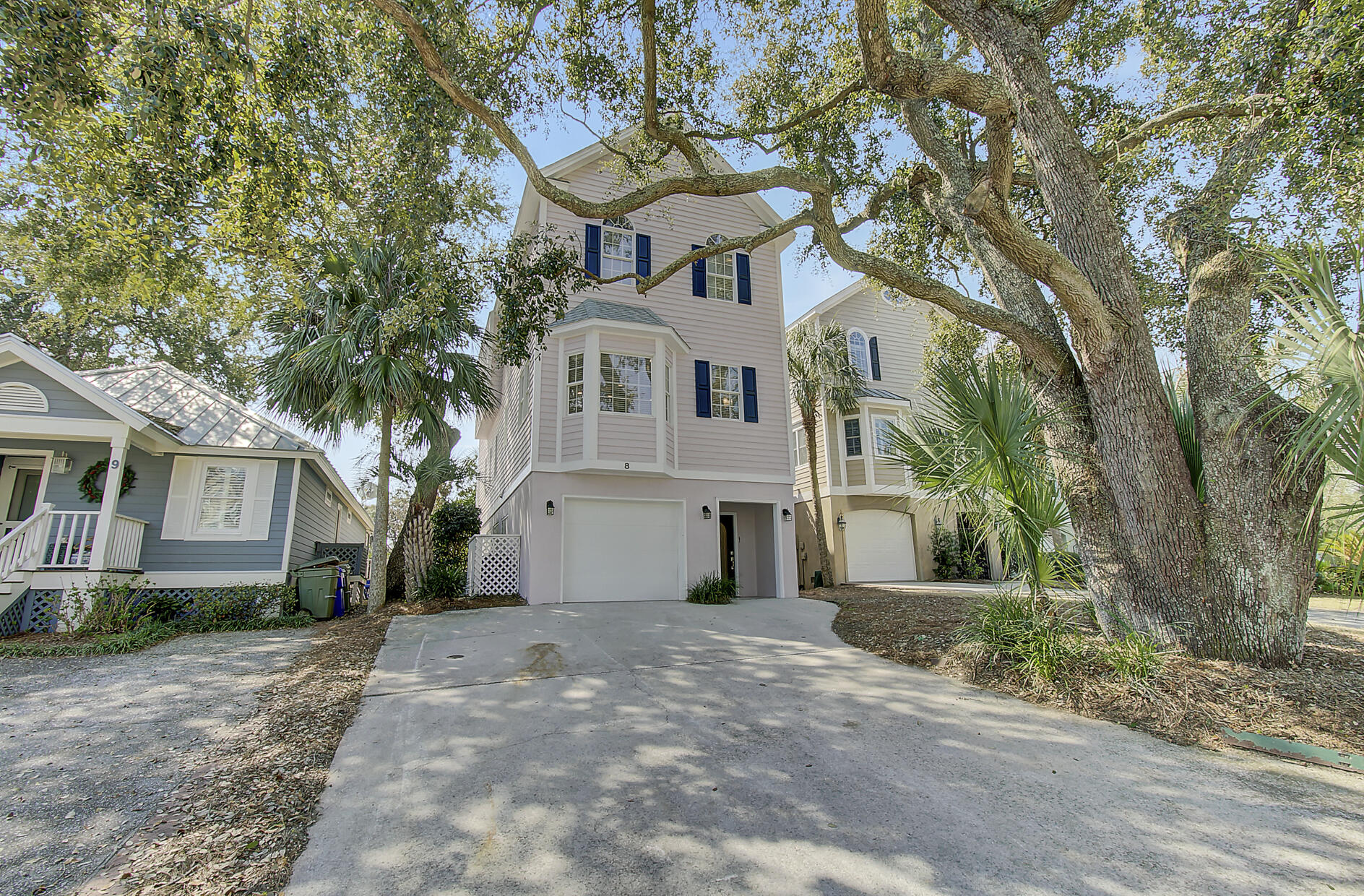 8 Morgans Cove Court Isle Of Palms, SC 29451
