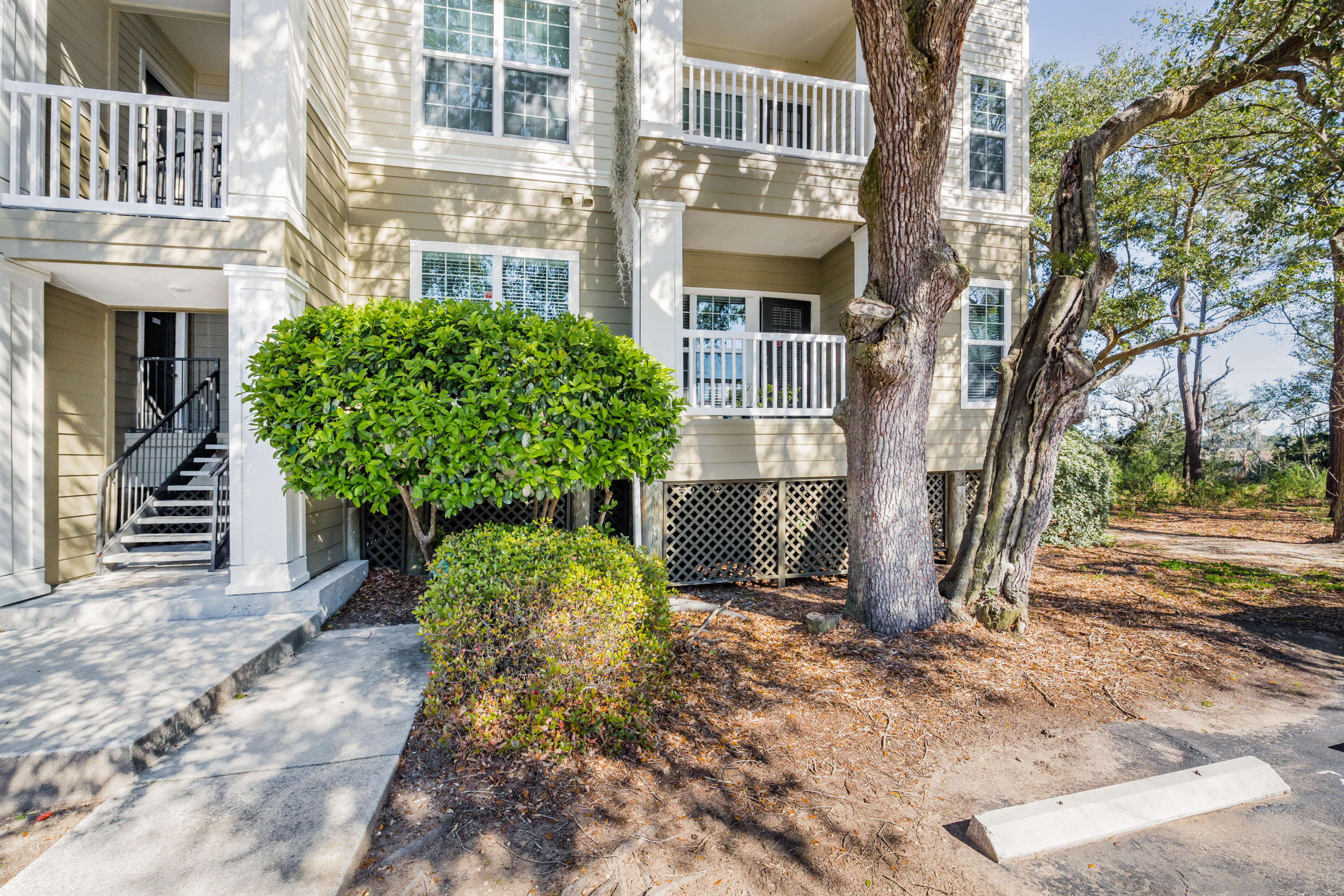700 Daniel Ellis Drive UNIT #6107 Charleston, SC 29412