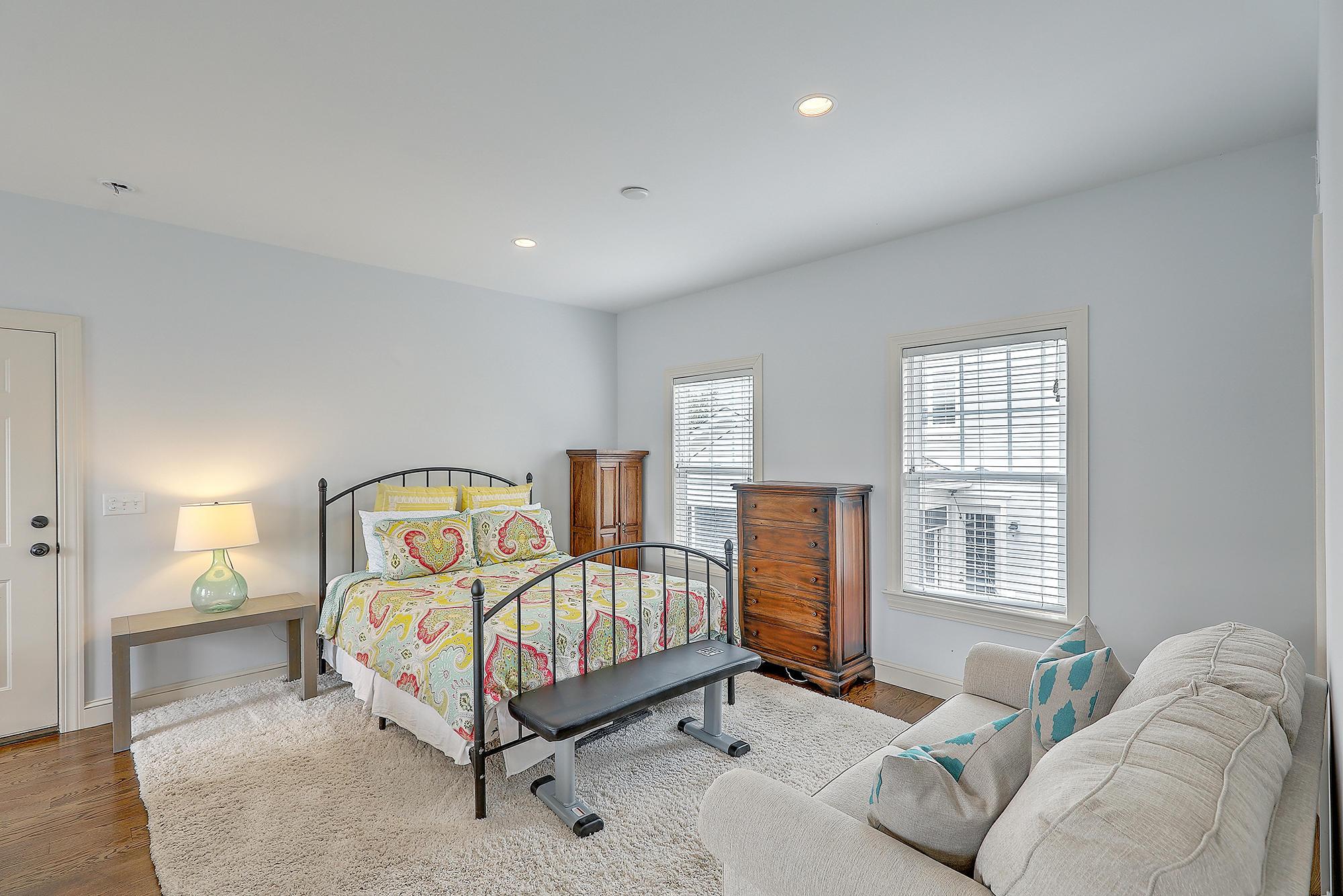 1409 Hooper Street Charleston, SC 29492