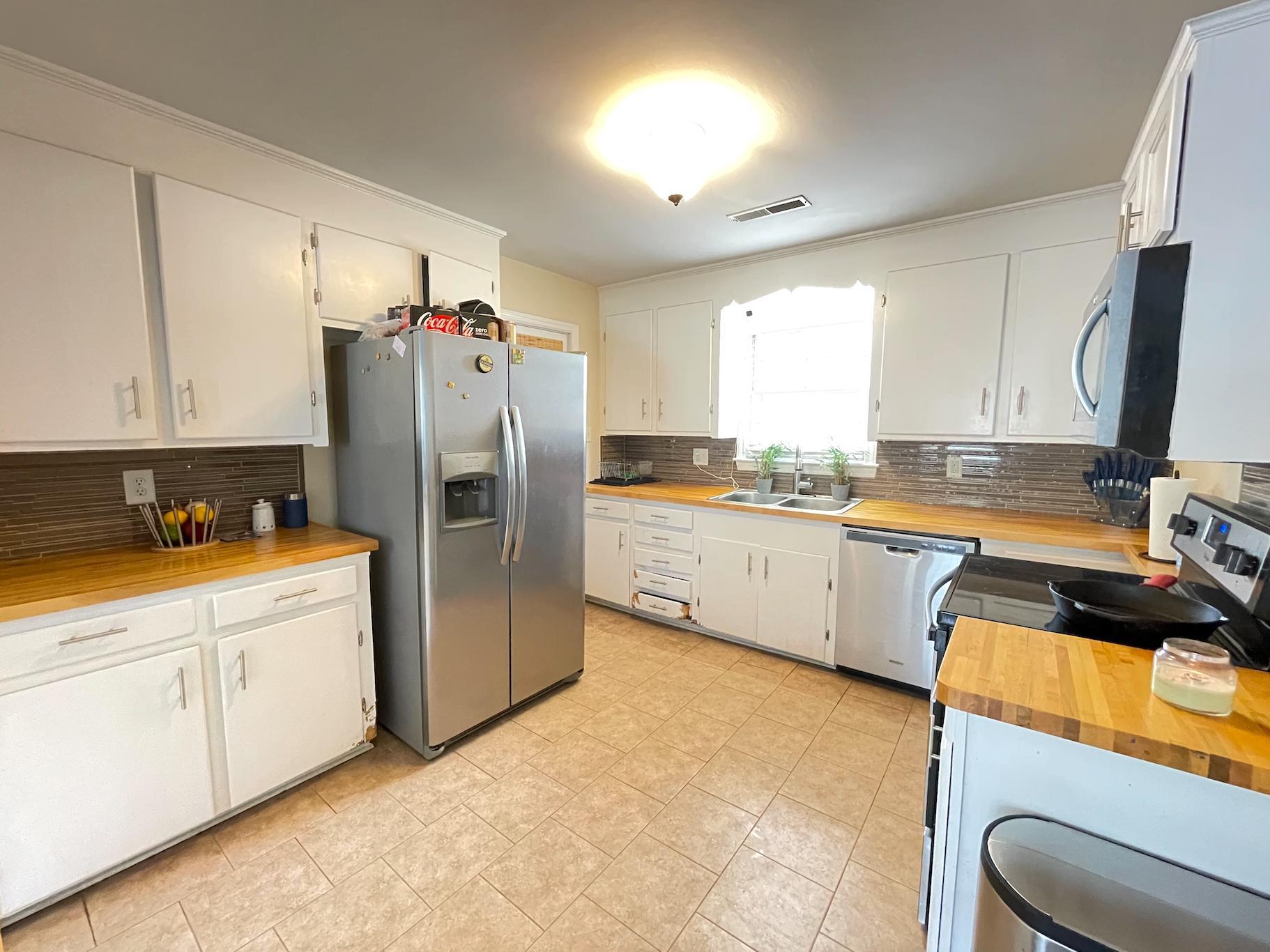 Castlewood Homes For Sale - 825 Savage, Charleston, SC - 13