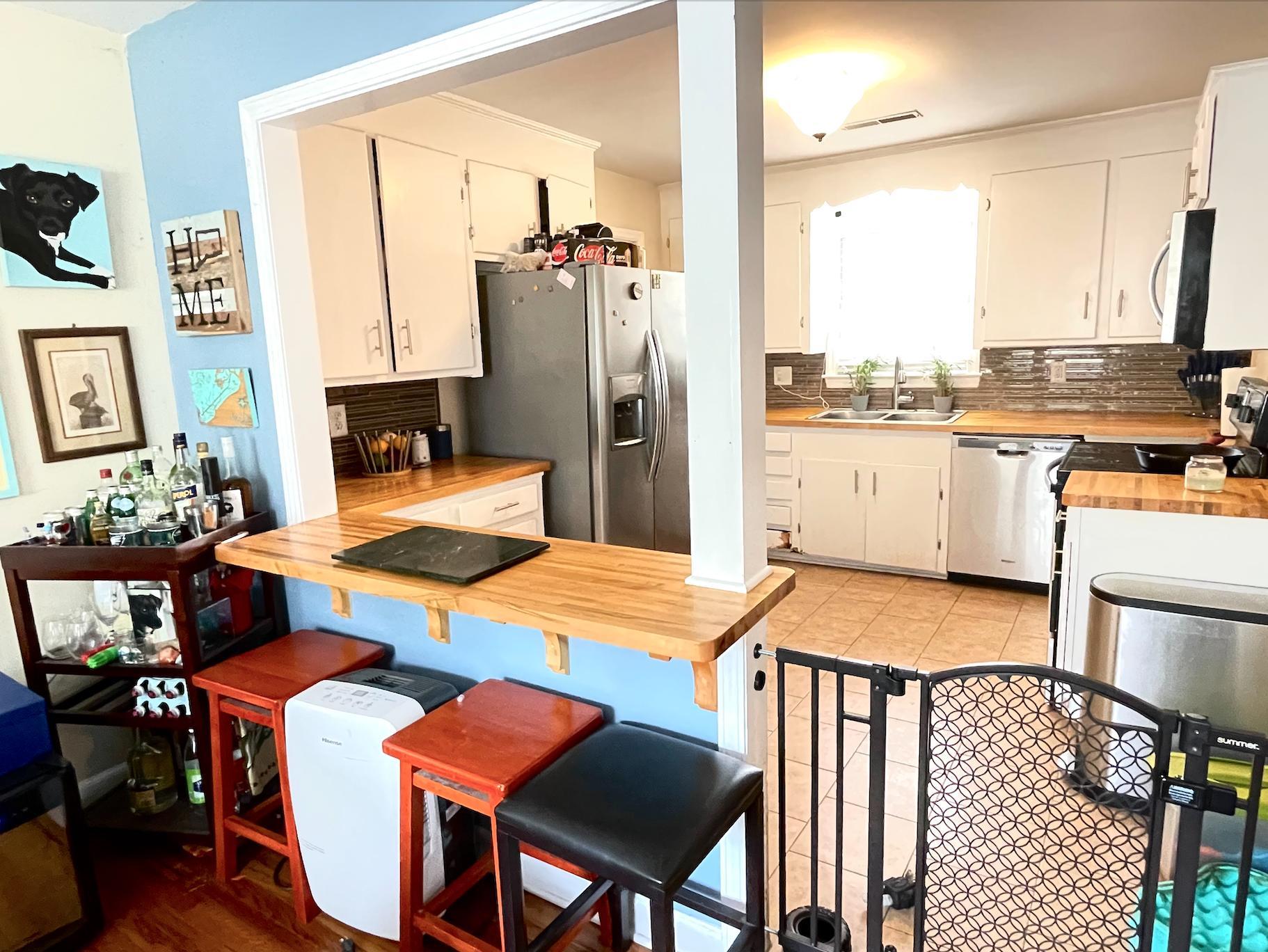 Castlewood Homes For Sale - 825 Savage, Charleston, SC - 14