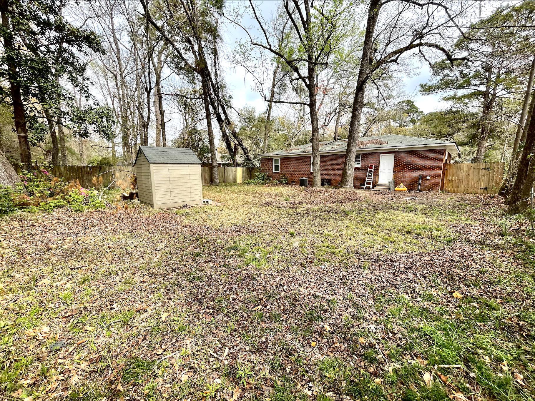 Castlewood Homes For Sale - 825 Savage, Charleston, SC - 6