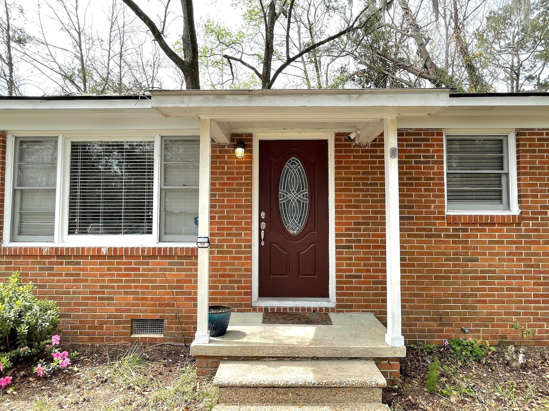 Castlewood Homes For Sale - 825 Savage, Charleston, SC - 1