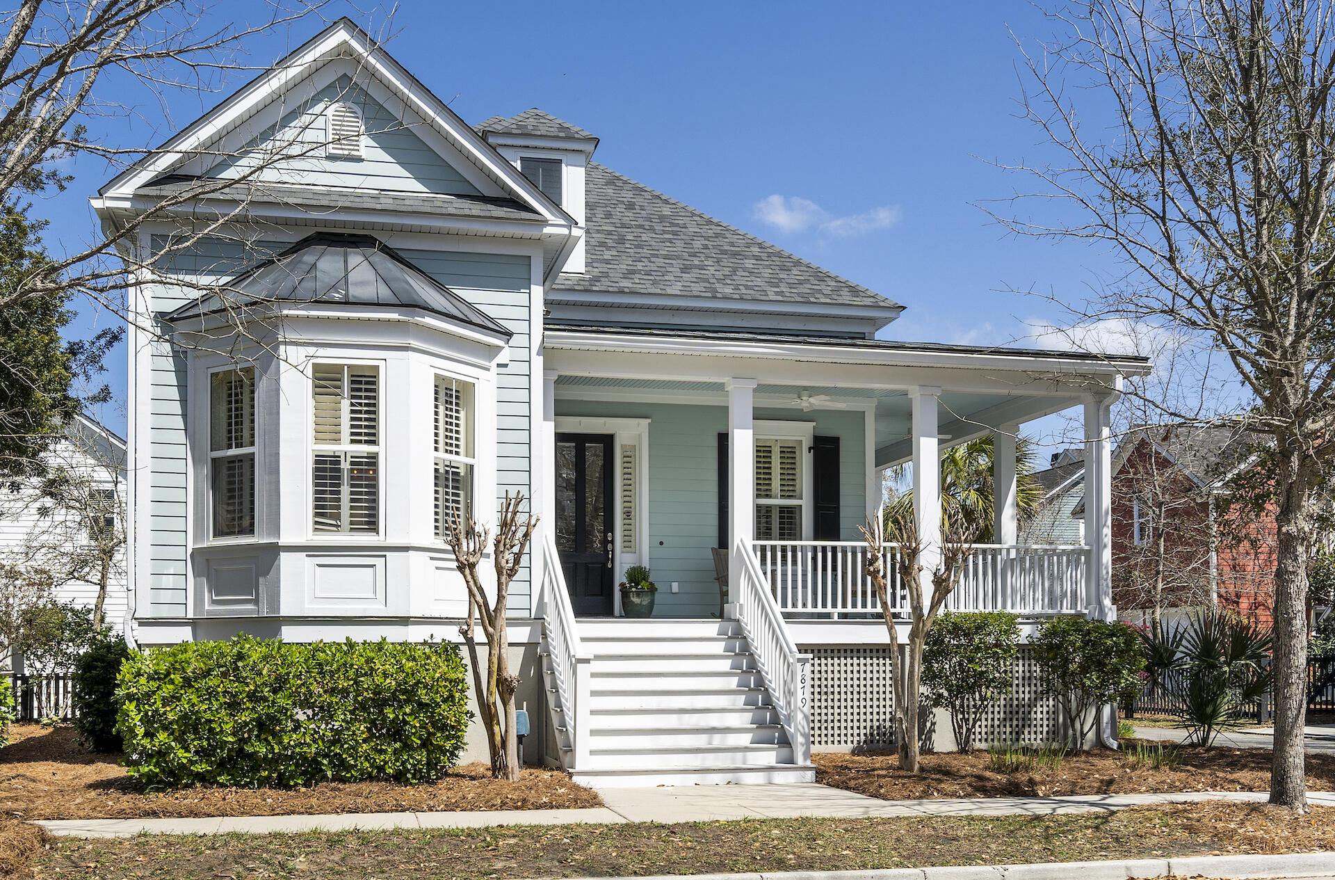 7879 Farr Street Charleston, SC 29492