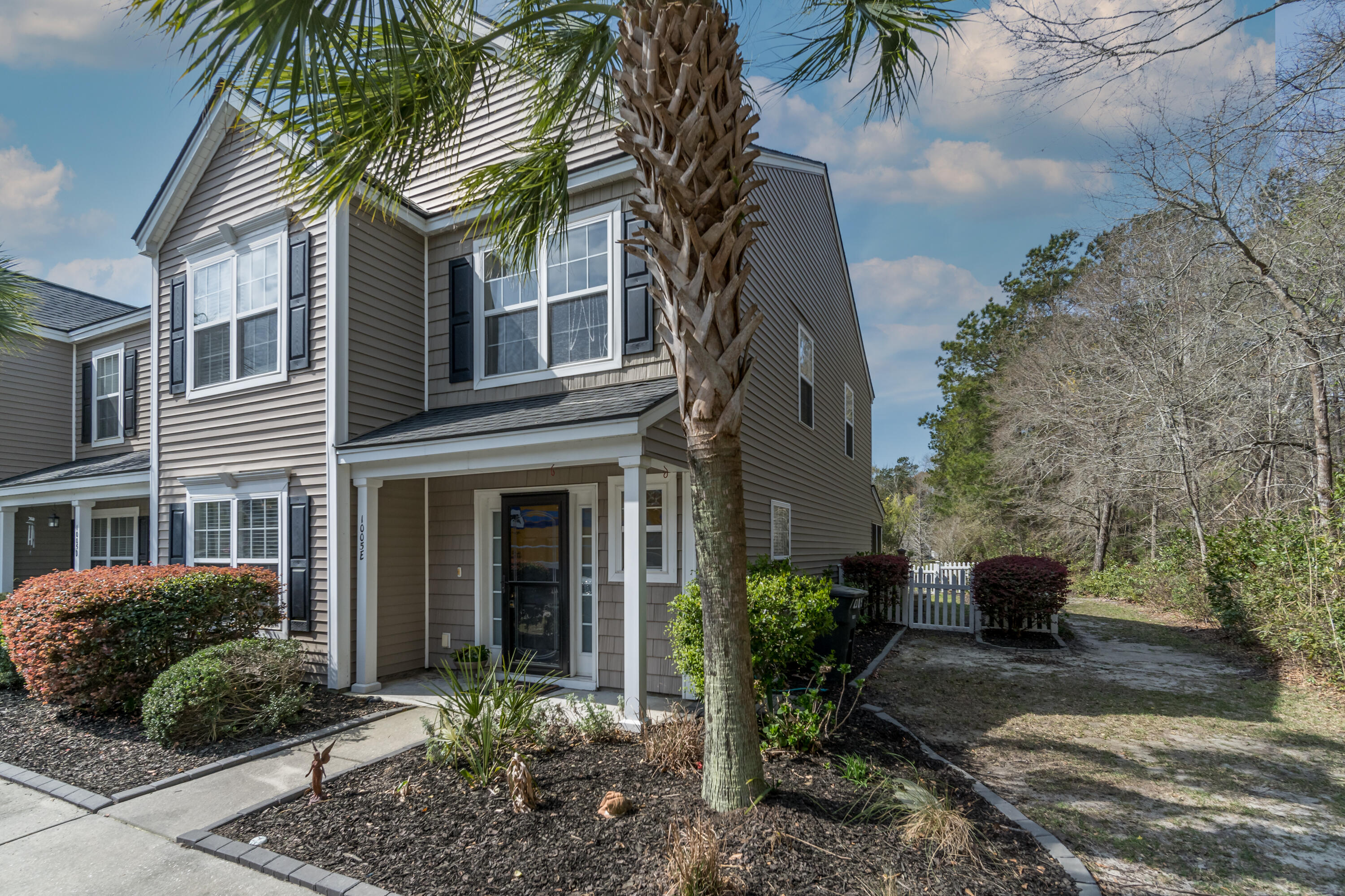 1005 Washitonia Way UNIT E Charleston, Sc 29492
