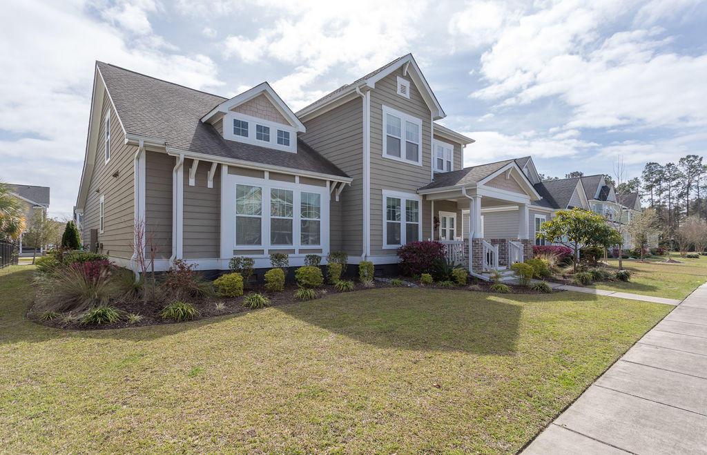706 Quintan Street Summerville, SC 29486