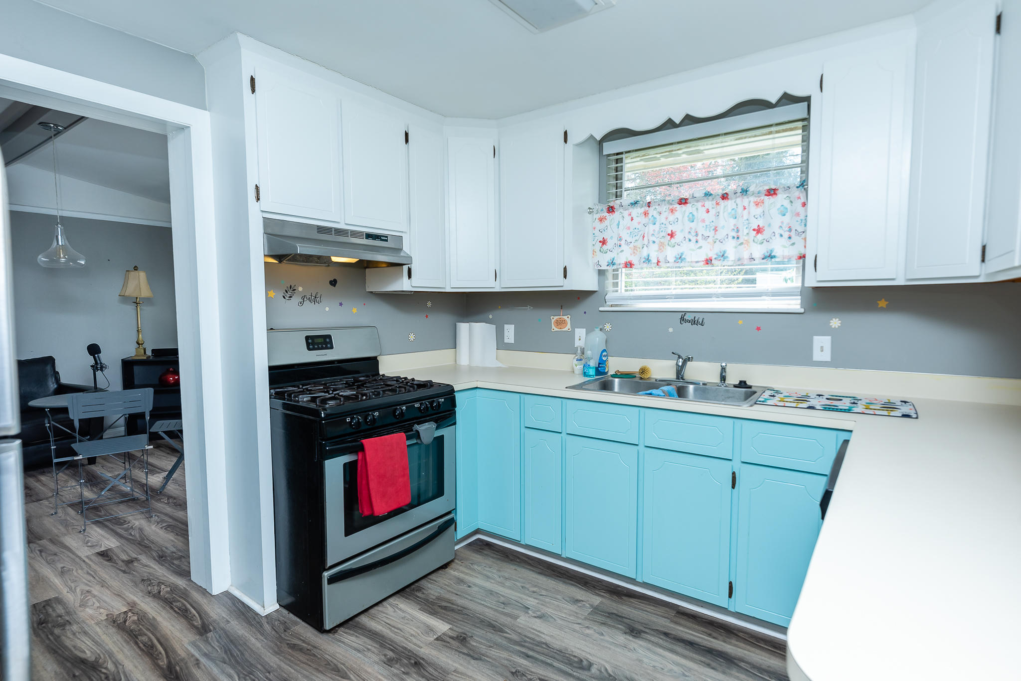 Ardmore Homes For Sale - 826 White Oak, Charleston, SC - 4