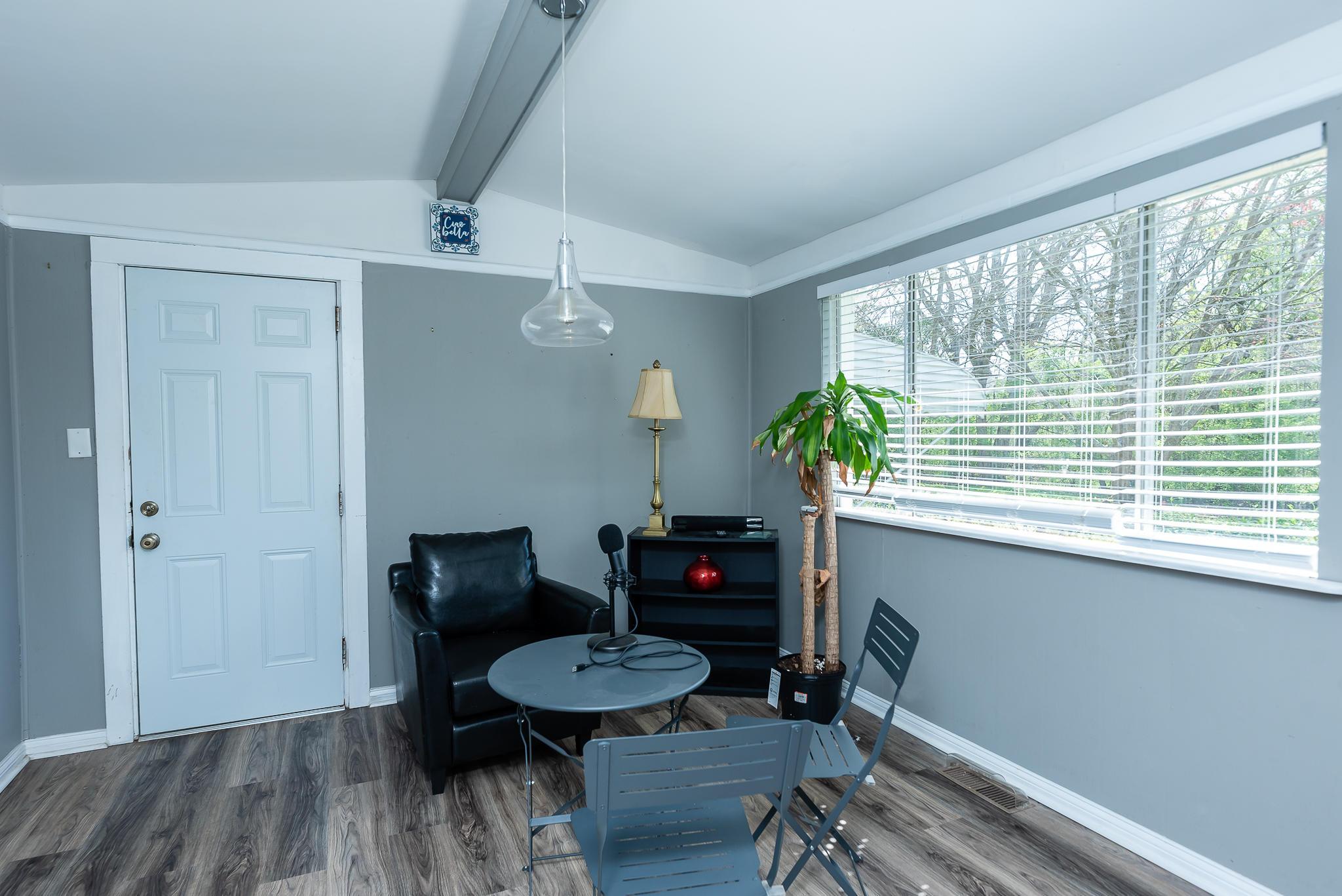 Ardmore Homes For Sale - 826 White Oak, Charleston, SC - 2