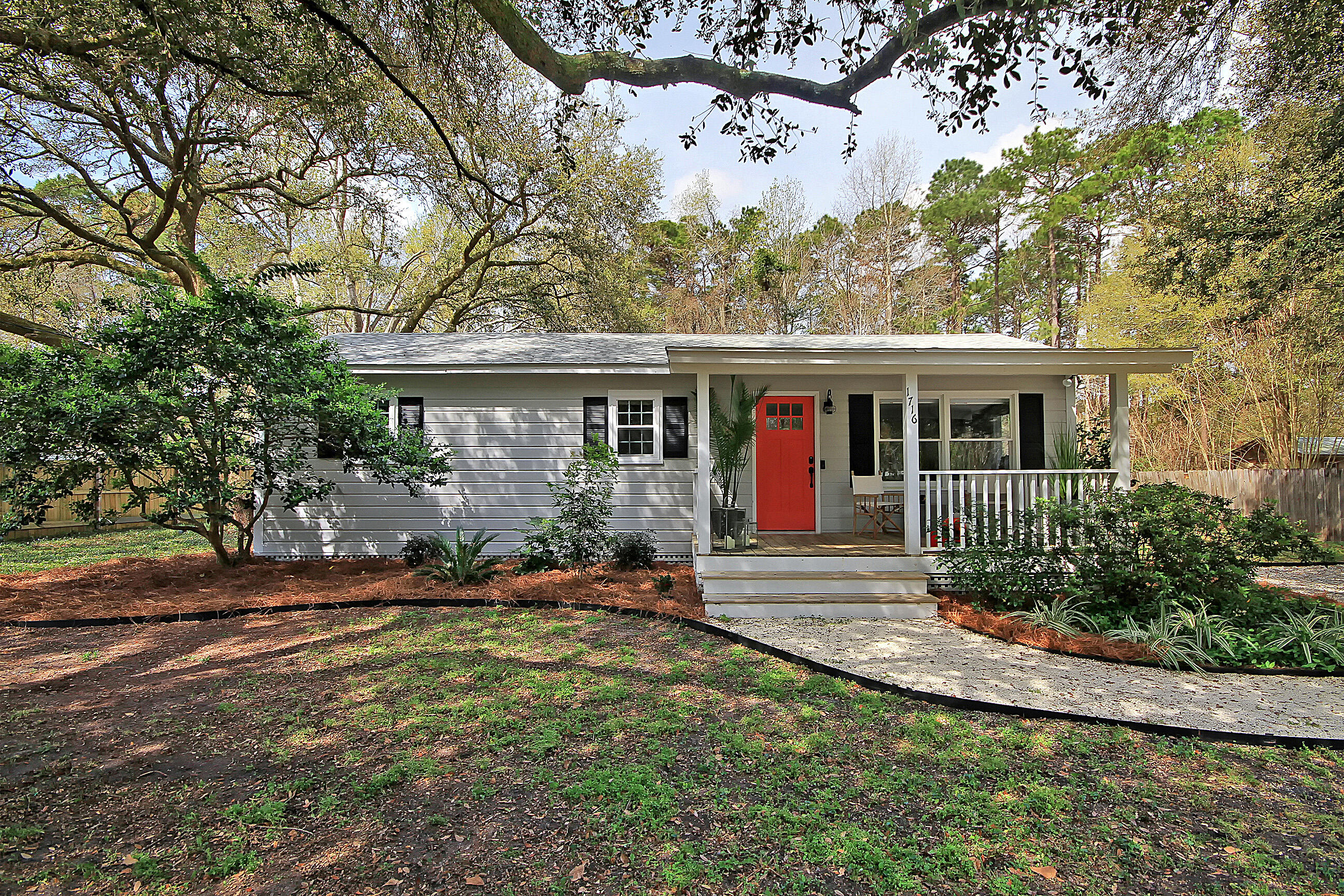 1716 Barracuda Road Johns Island, SC 29455