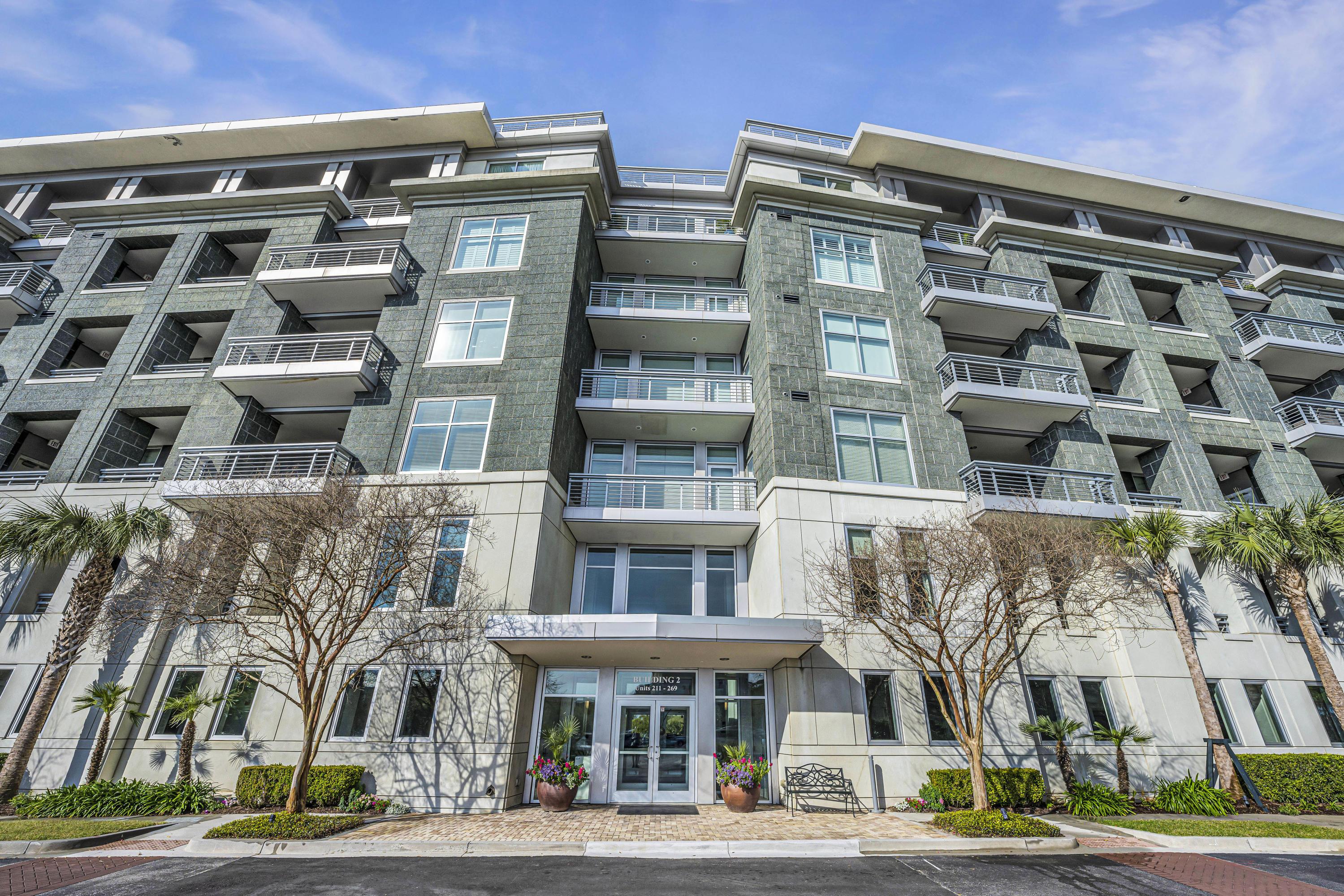 Tides Condominiums Homes For Sale - 216 Cooper River, Mount Pleasant, SC - 34