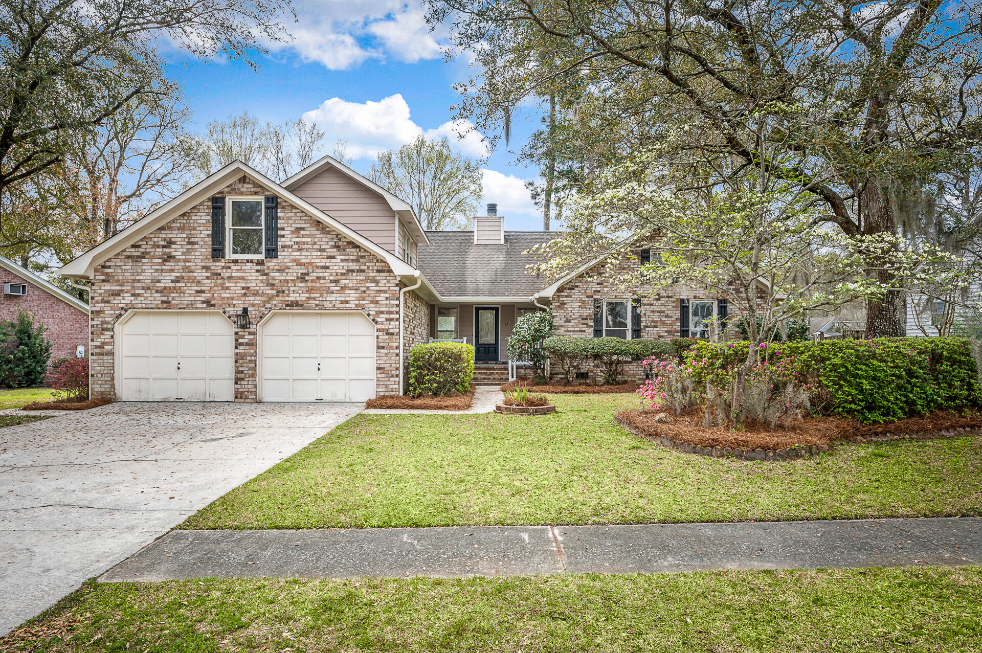 117 Hickory Trace Drive Goose Creek, SC 29445