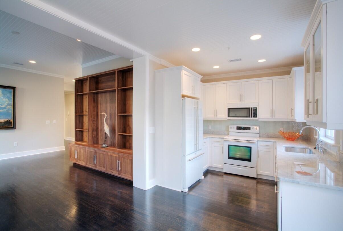 French Quarter Homes For Sale - 125 Meeting, Charleston, SC - 4