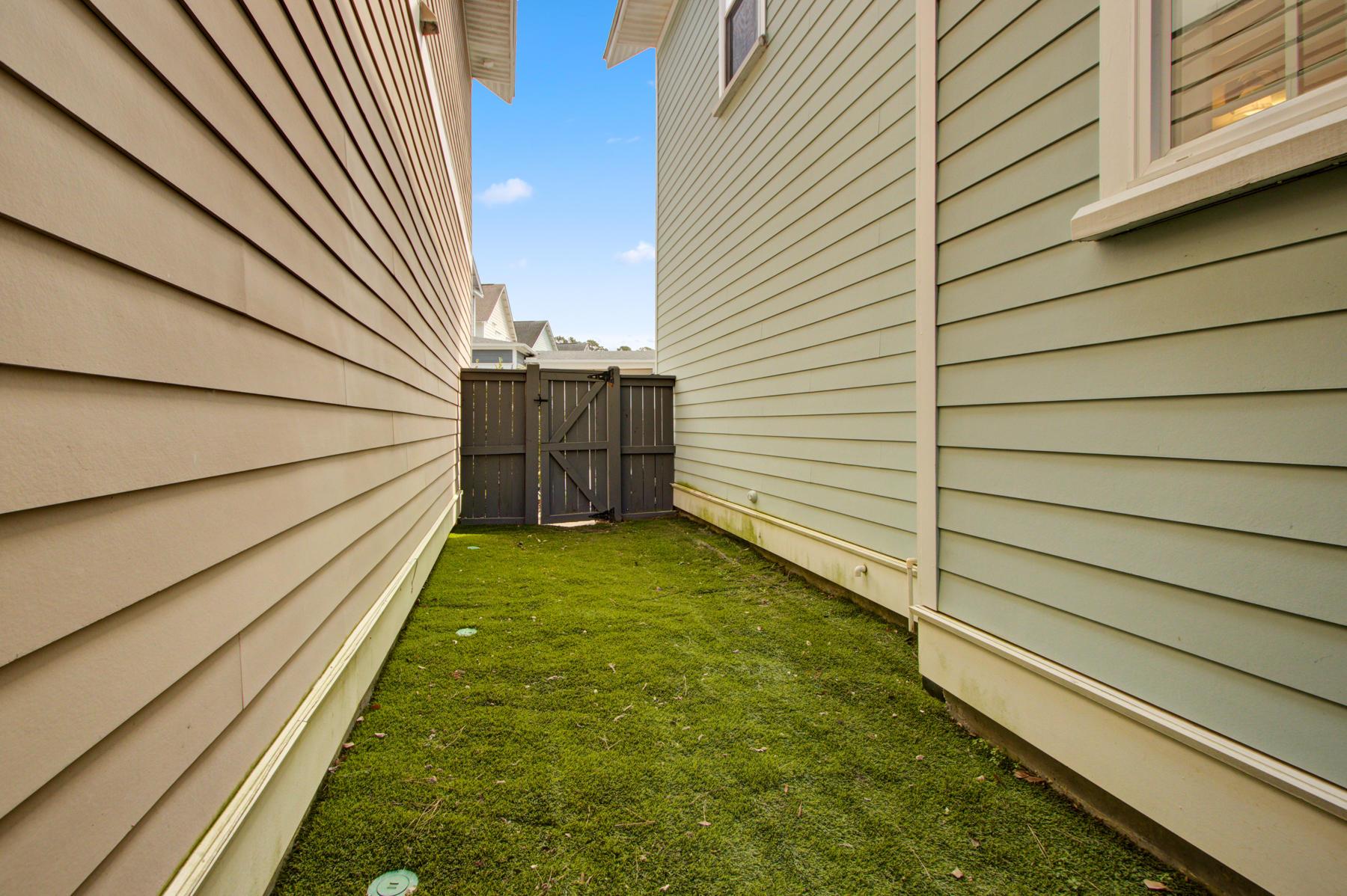 Moultrie Park Homes For Sale - 610 Ellingson, Mount Pleasant, SC - 3