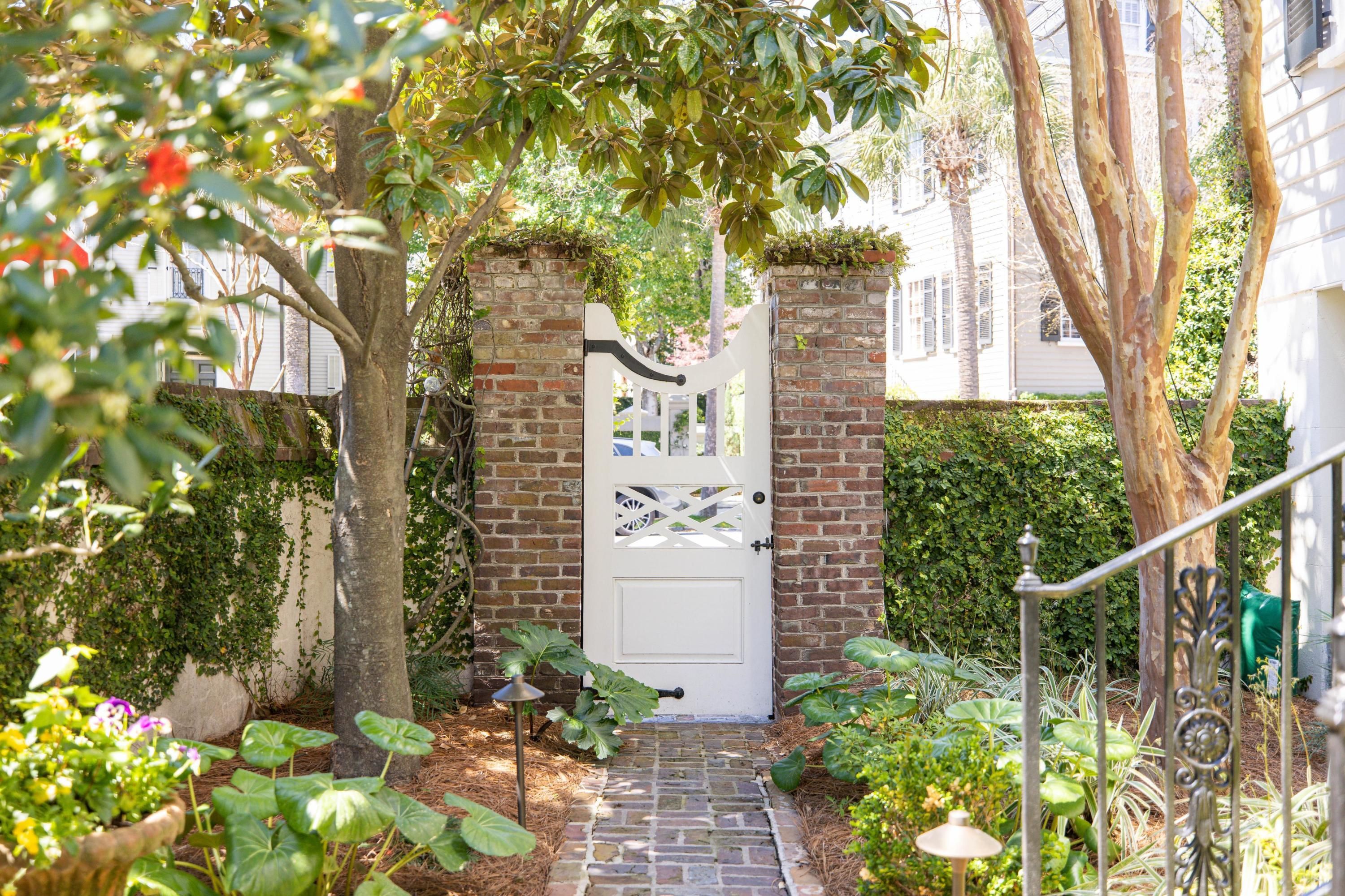 44 Meeting Street Charleston, SC 29401