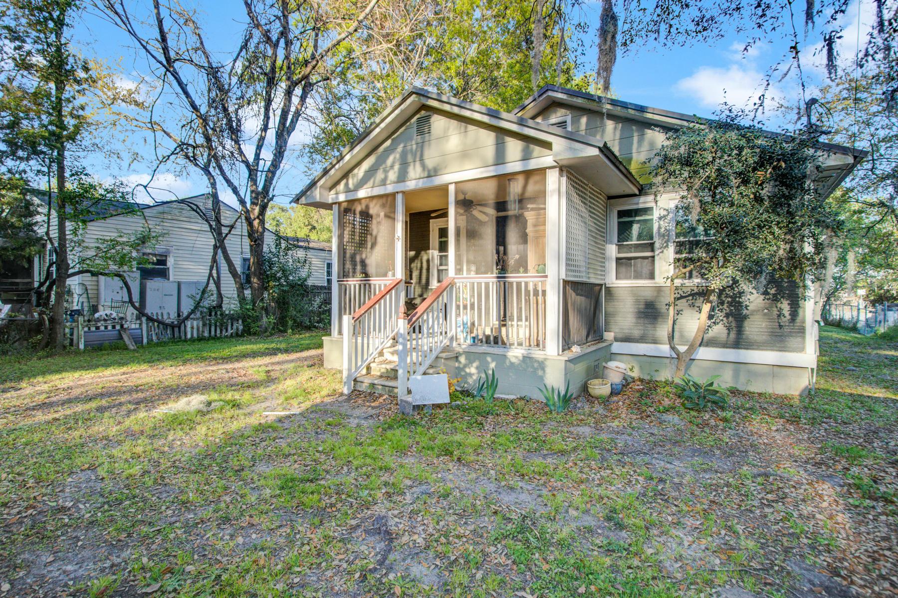 4176 S Rhett Avenue North Charleston, SC 29405