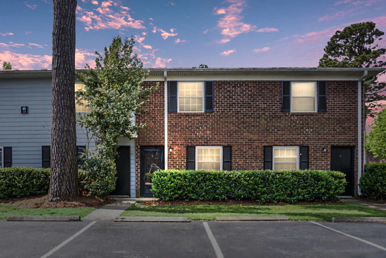 21 Rivers Point Row UNIT 14e Charleston, SC 29412