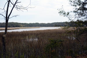 4 Creek Point Lane, Edisto Island, SC 29438