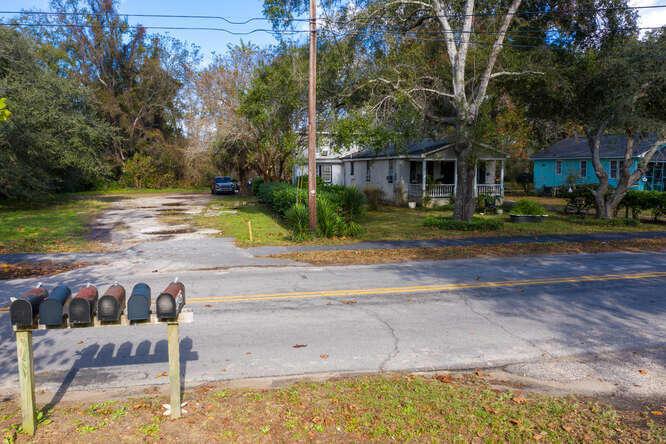 1108 Seaside Lane Charleston, SC 29412