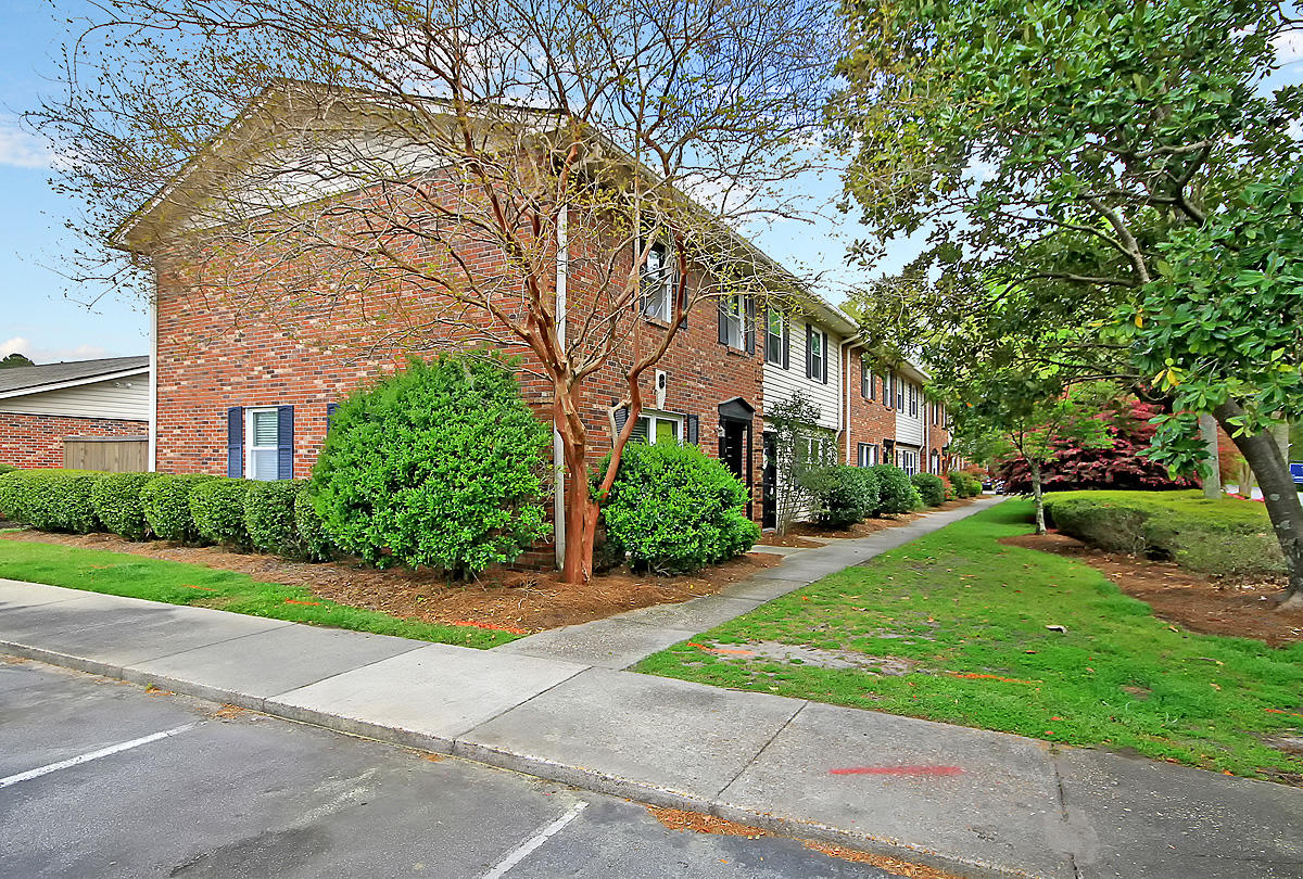 415 Parkdale Drive UNIT 8b Charleston, SC 29414