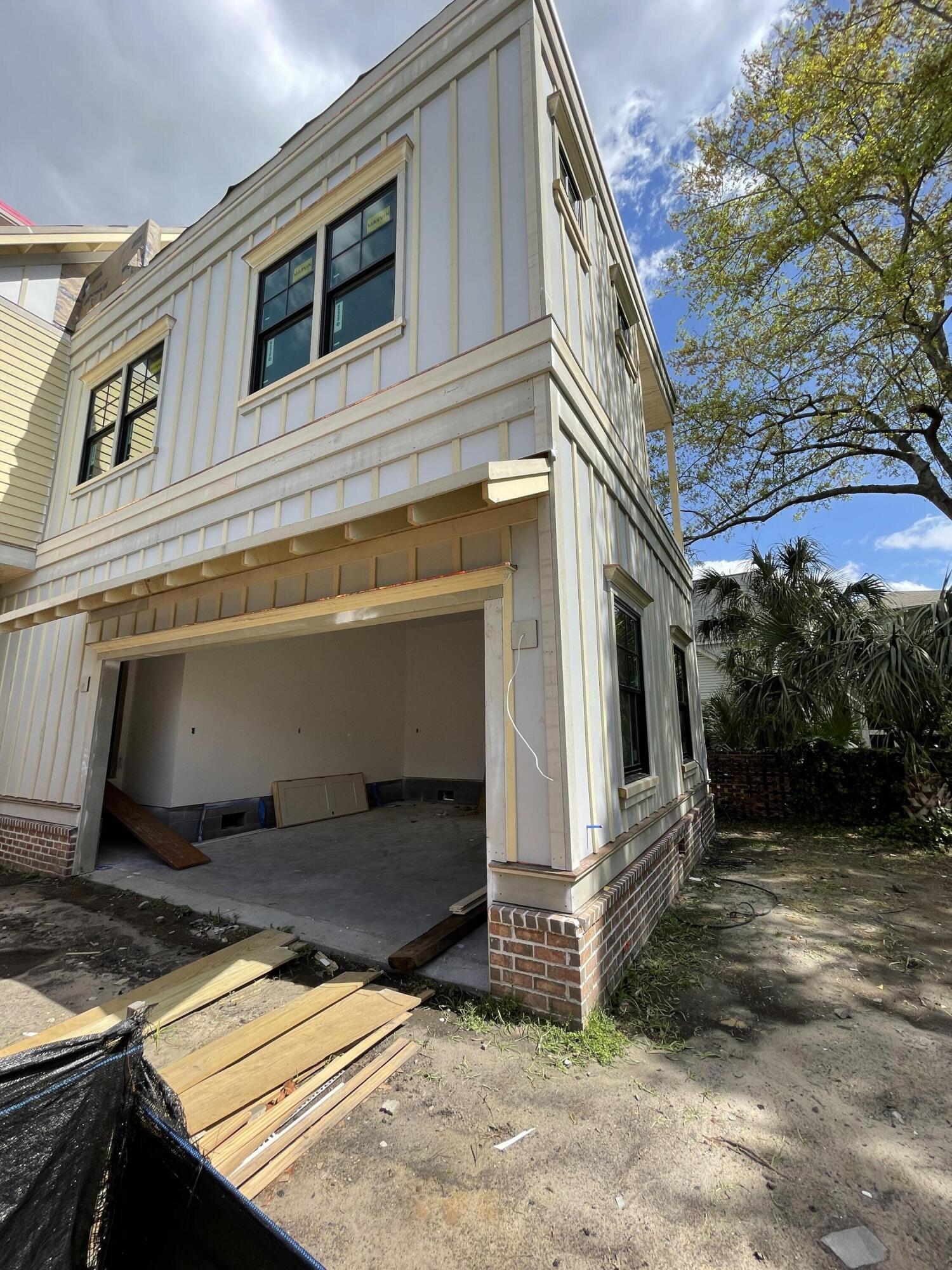 Hampton Park Terrace Homes For Sale - 427 Huger, Charleston, SC - 14