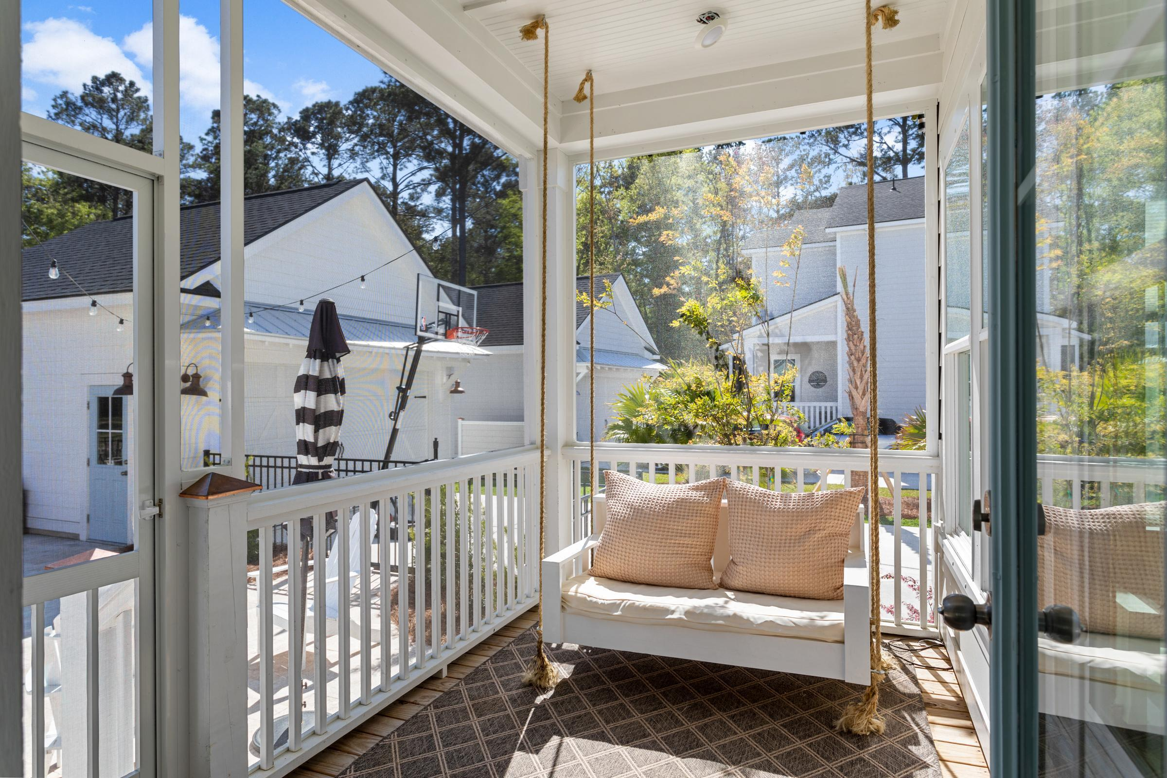 4066 Maidstone Drive Mount Pleasant, SC 29466