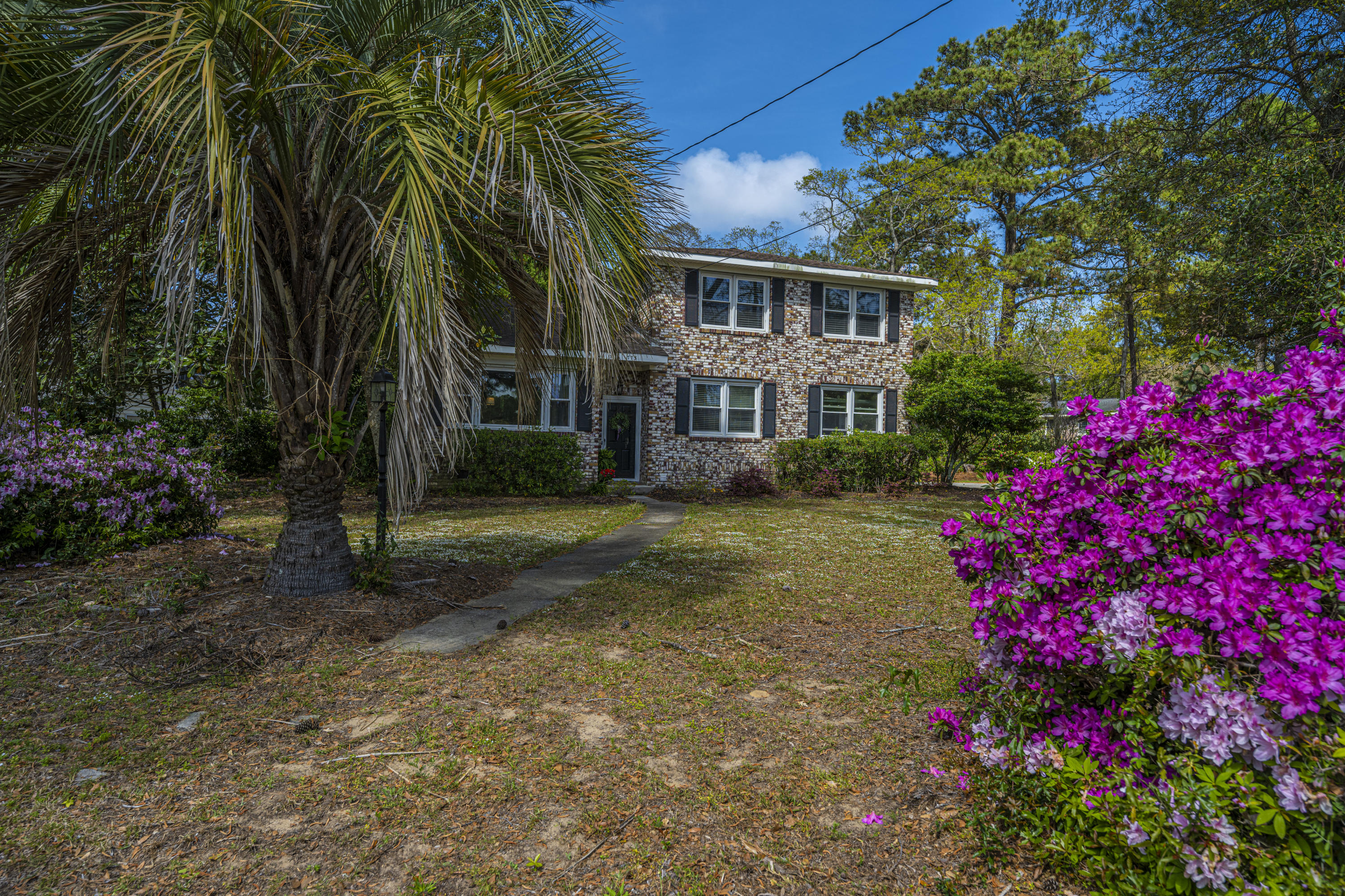 Stiles Point Homes For Sale - 775 Sparrow, Charleston, SC - 29