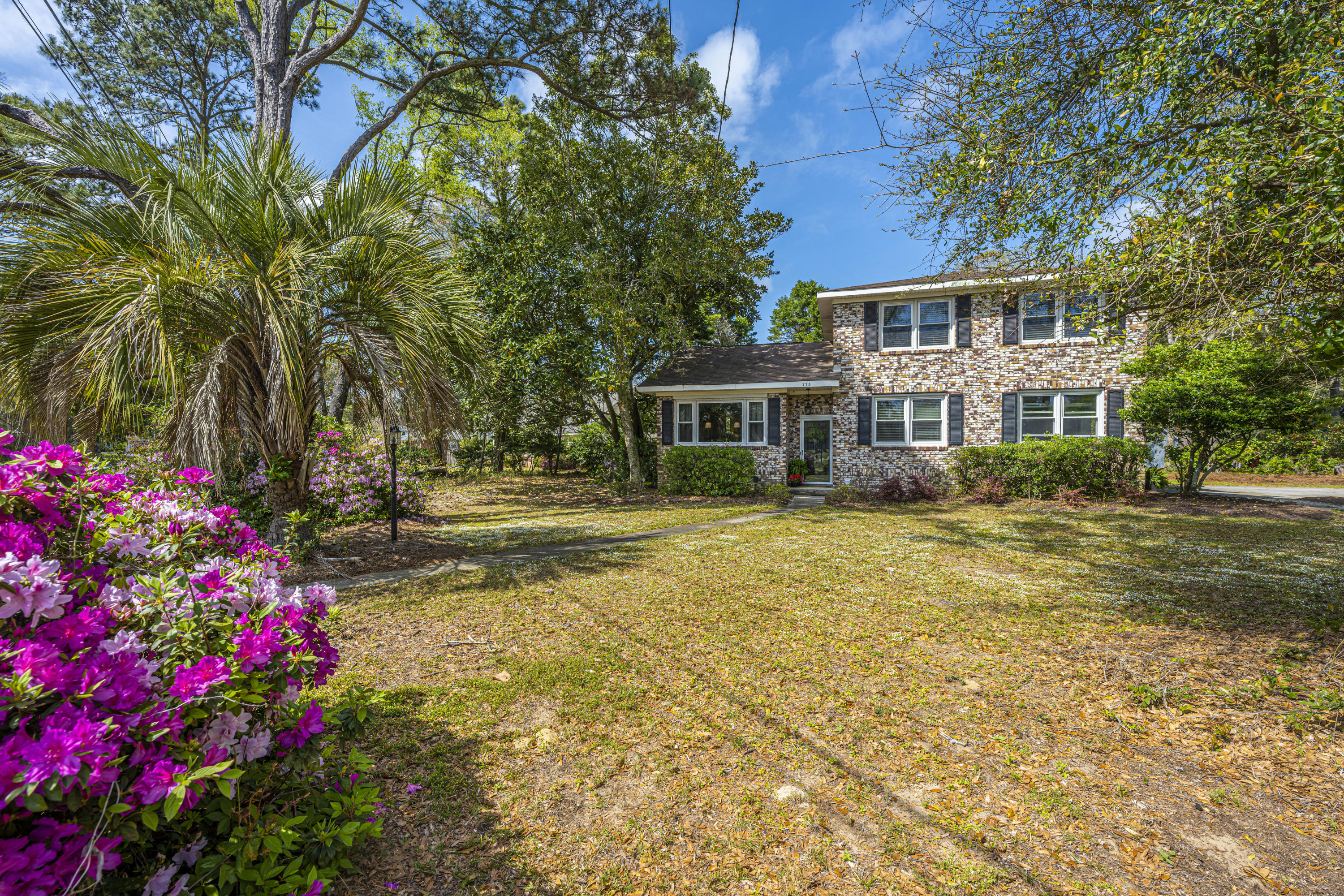 Stiles Point Homes For Sale - 775 Sparrow, Charleston, SC - 26
