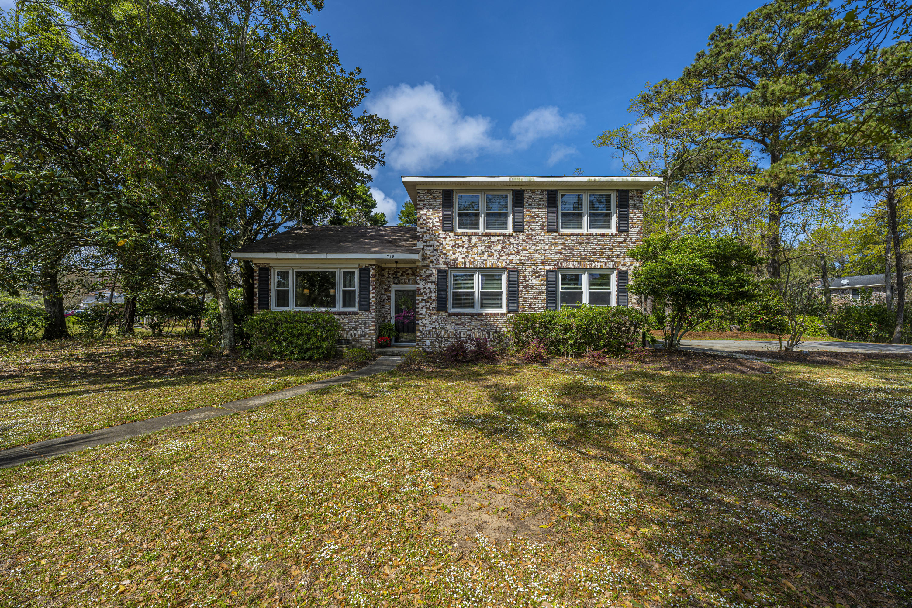 Stiles Point Homes For Sale - 775 Sparrow, Charleston, SC - 27