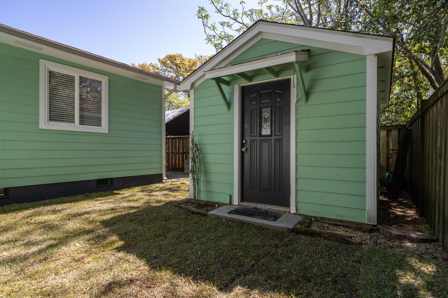 108 Rose Lane Mount Pleasant, SC 29464