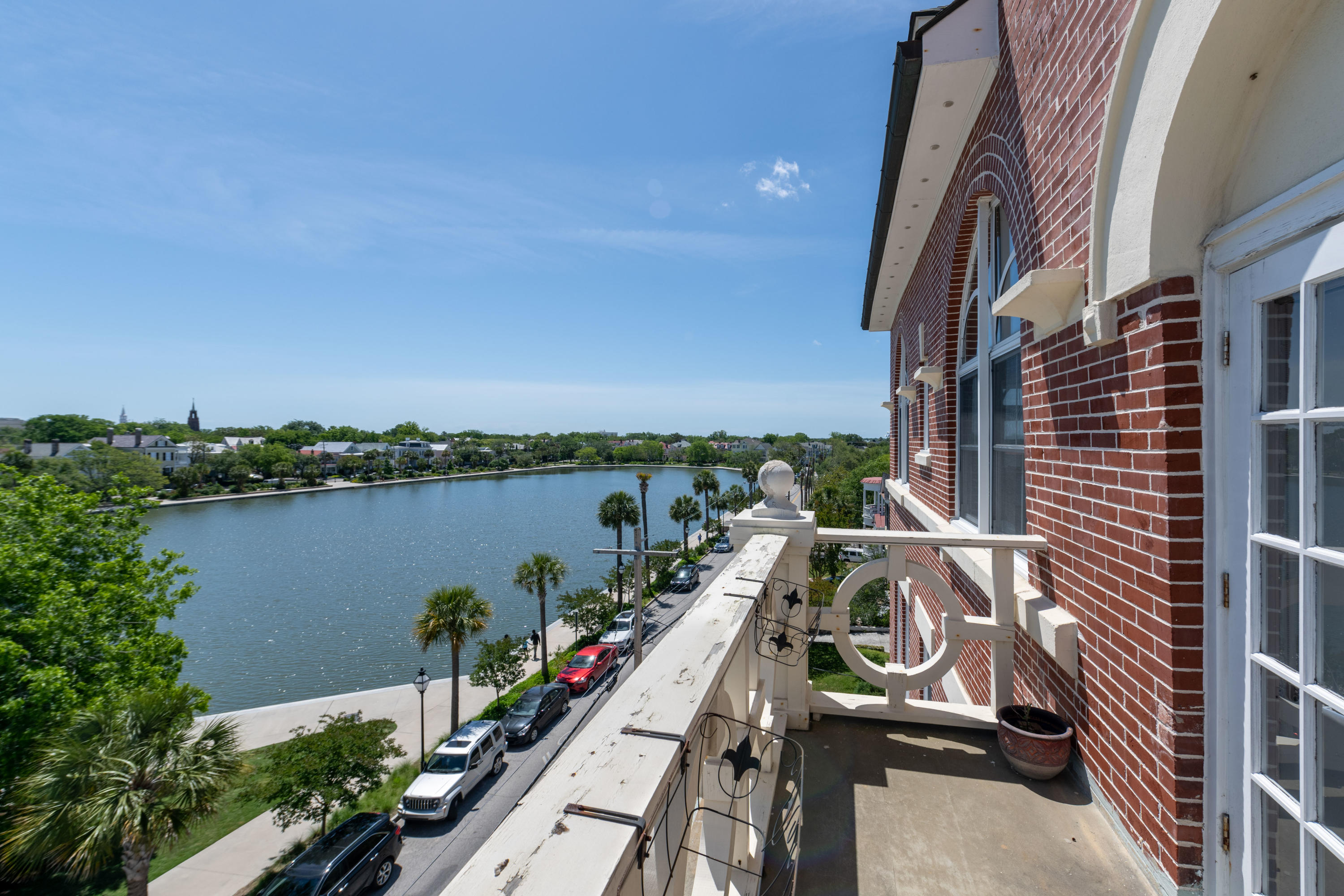 55 Ashley Avenue UNIT #19 Charleston, SC 29401