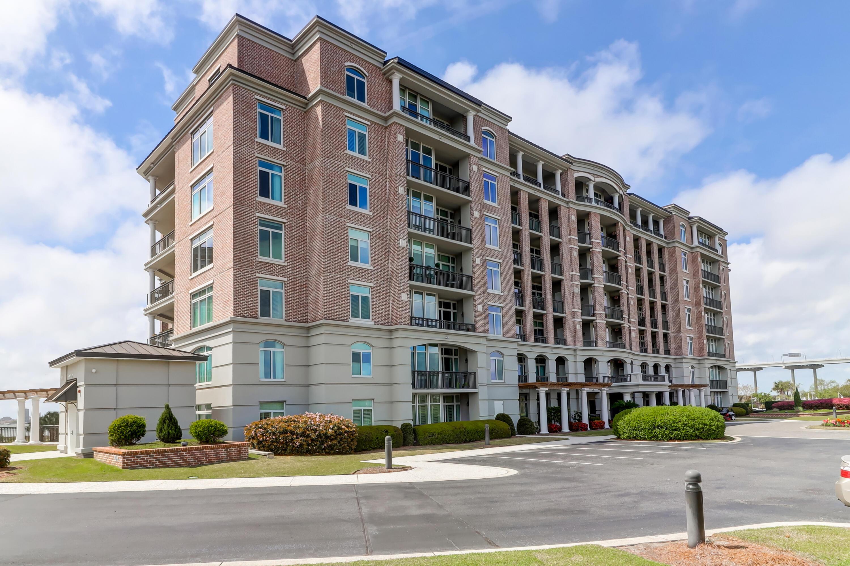 153 N Plaza Court UNIT #403 Mount Pleasant, SC 29464