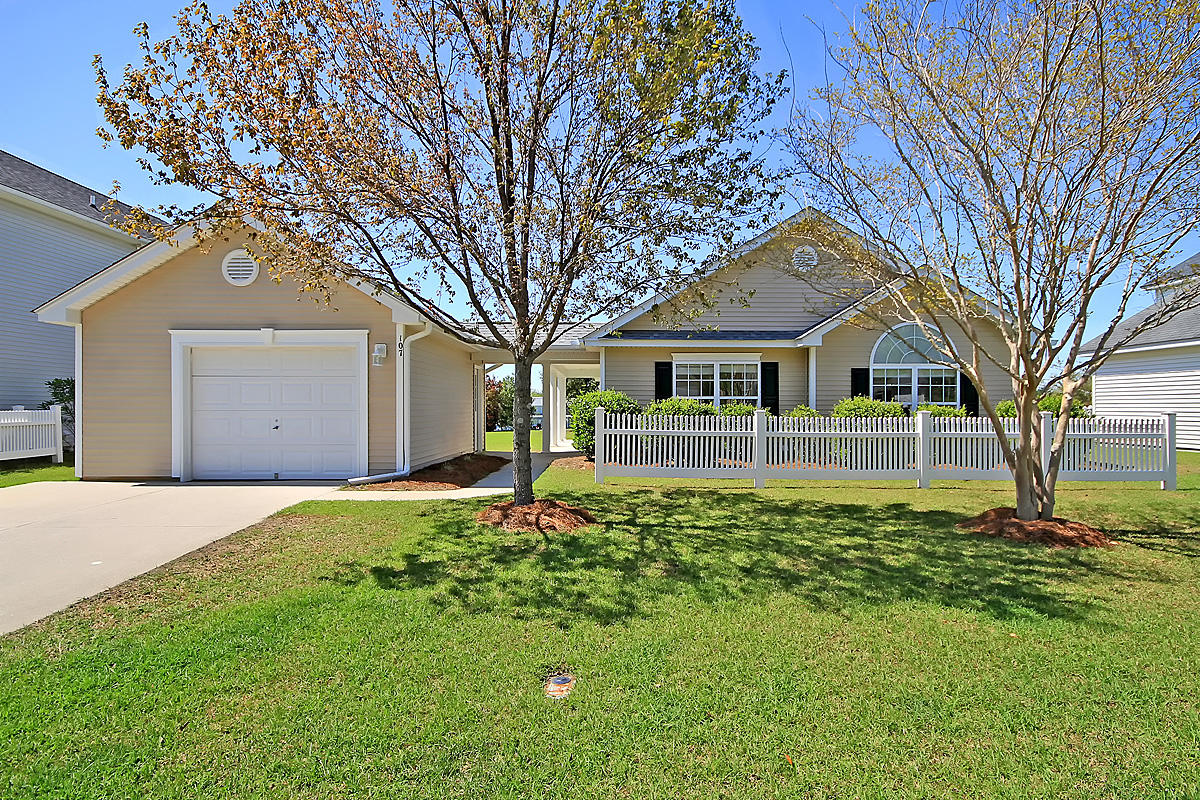 107 Savannah River Drive Summerville, SC 29485