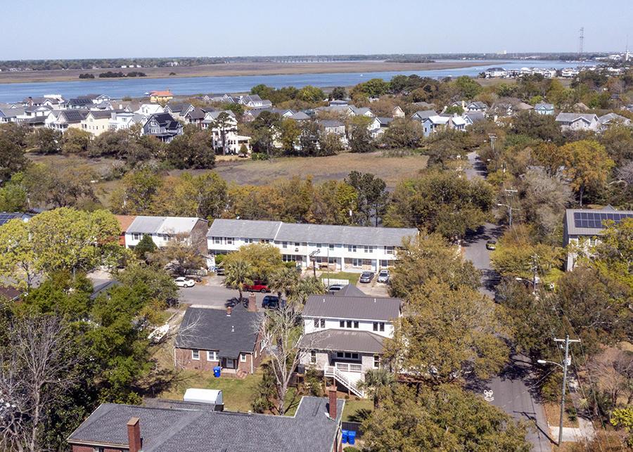 Wagener Terrace Homes For Sale - 120 Gordon, Charleston, SC - 13