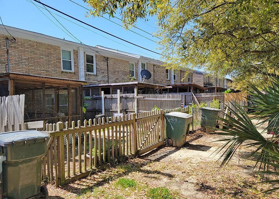 Wagener Terrace Homes For Sale - 120 Gordon, Charleston, SC - 29