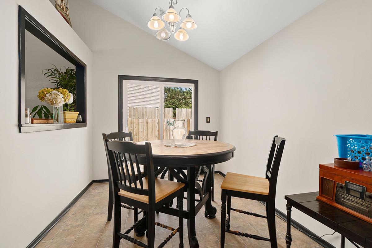 Pepperidge Homes For Sale - 8310 N Ridgebrook Dr, North Charleston, SC - 18