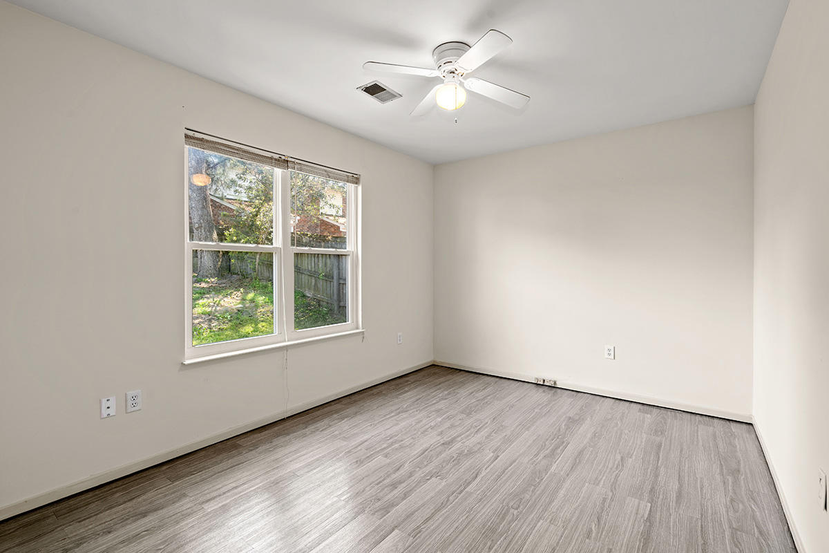 Pepperidge Homes For Sale - 8310 N Ridgebrook Dr, North Charleston, SC - 12