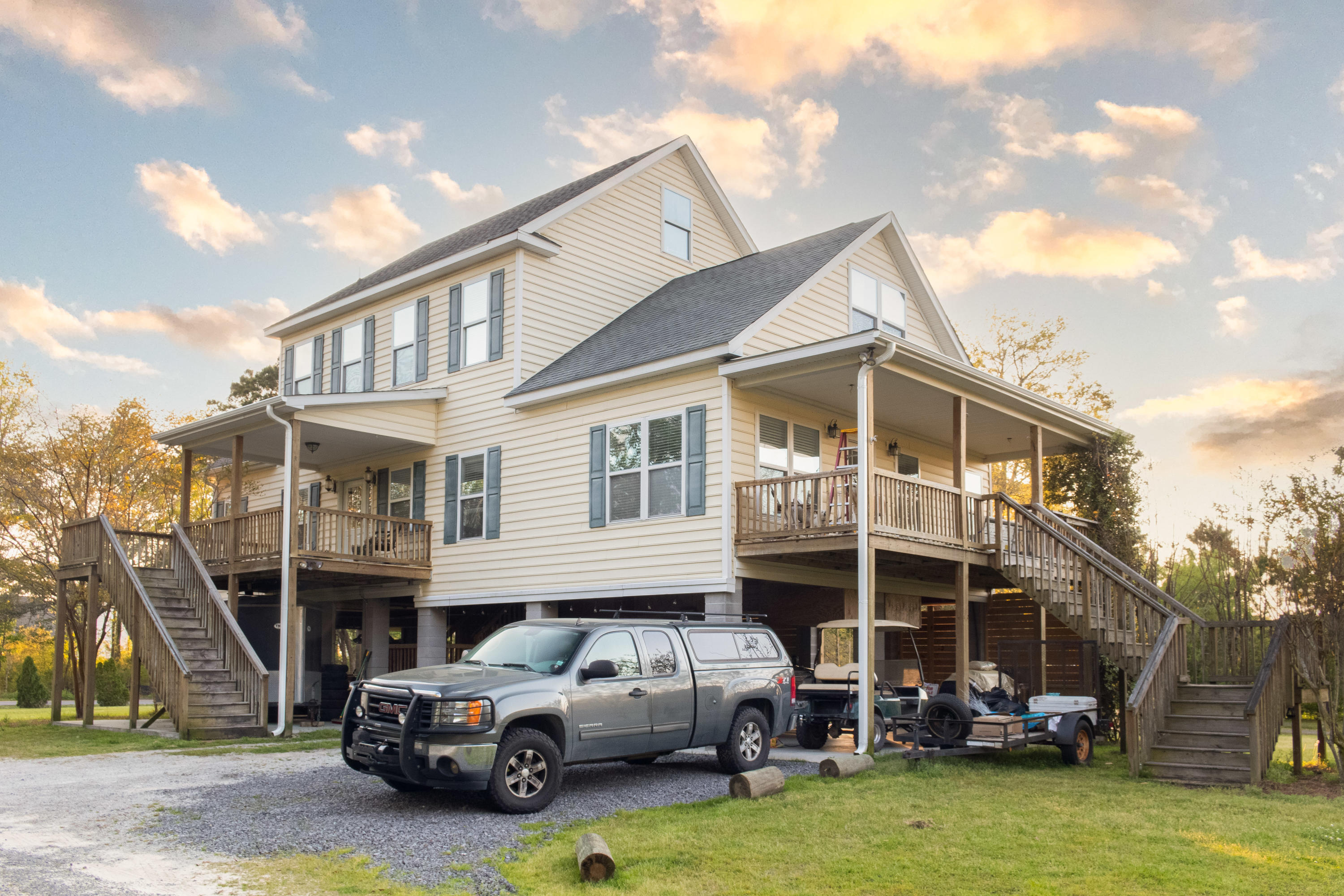 1373 River Road Johns Island, SC 29455