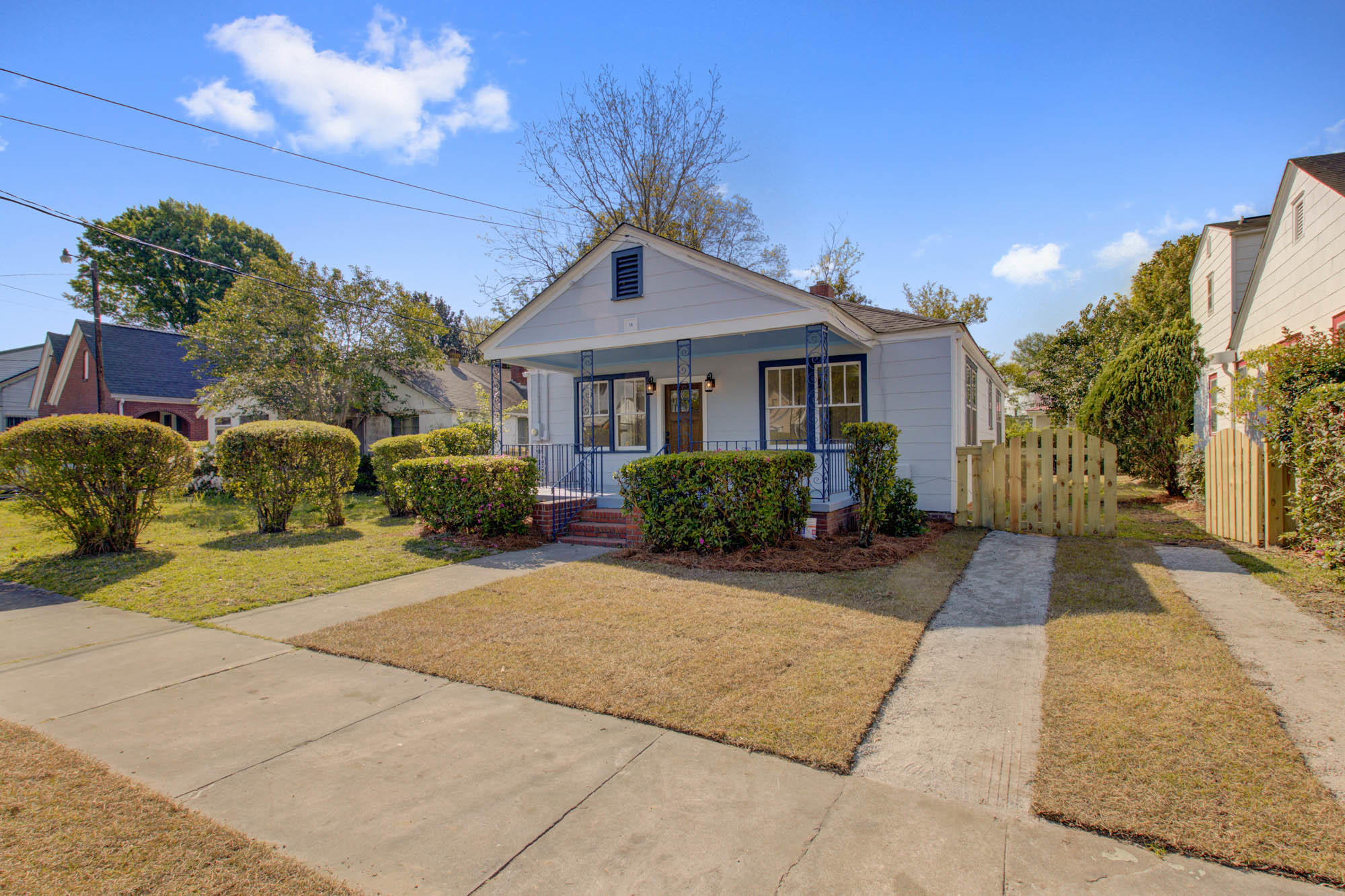 19 Peachtree Street Charleston, SC 29403