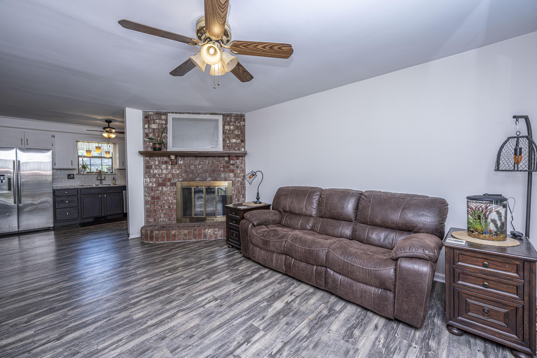 Hickory Shadows Homes For Sale - 1138 Bonnie, Mount Pleasant, SC - 29