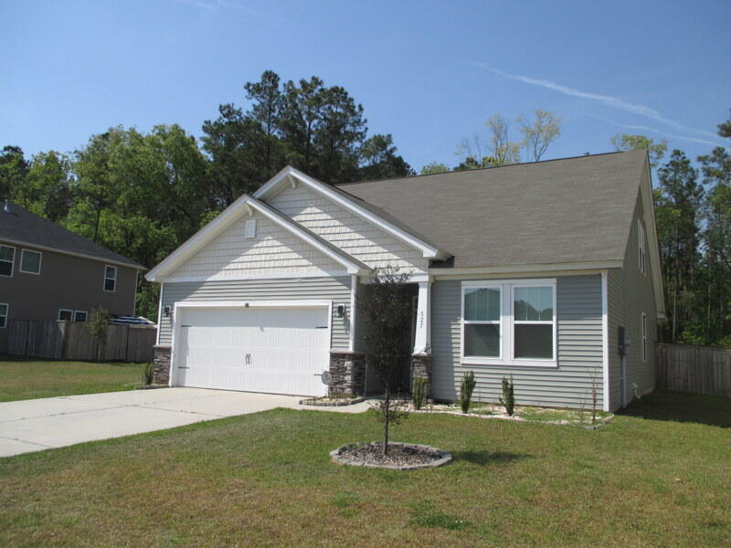 527 Man O War Lane Moncks Corner, SC 29461