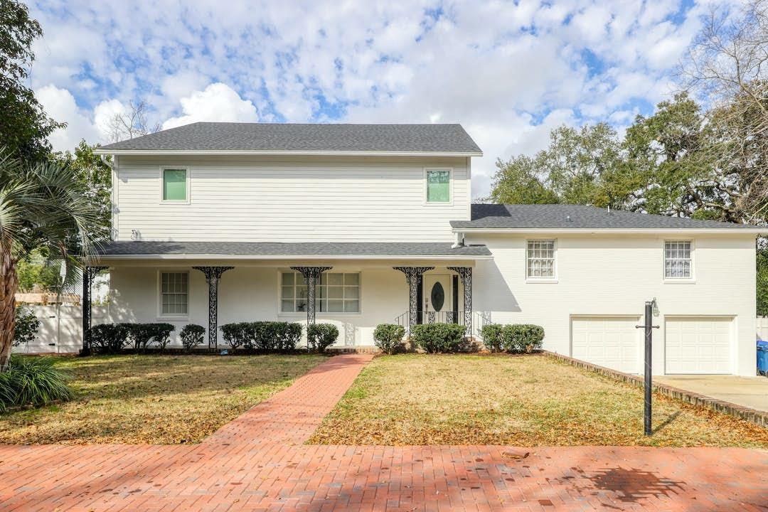 819 Colony Drive Charleston, SC 29407