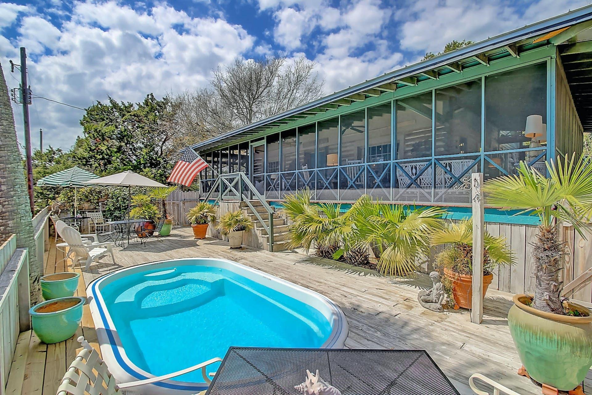 306 E Cooper Avenue Folly Beach, SC 29439
