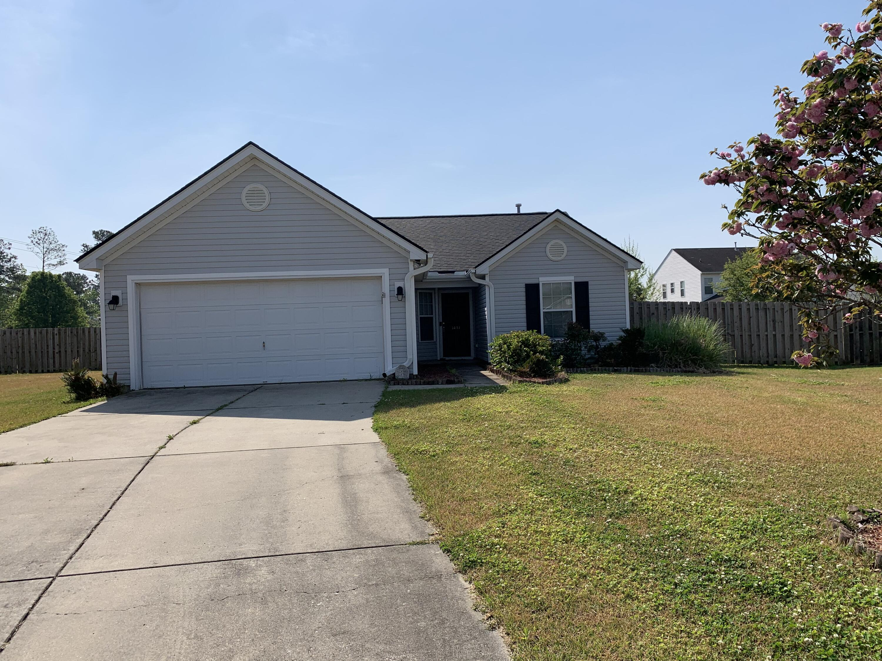 1414 Grackle Court Hanahan, SC 29410