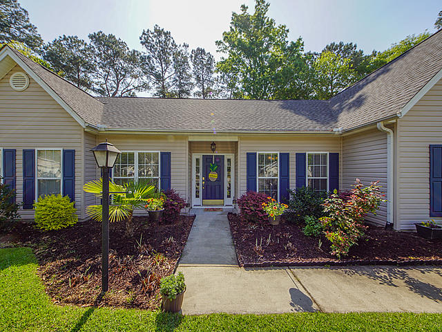 8209 Governors Walk North Charleston, SC 29418