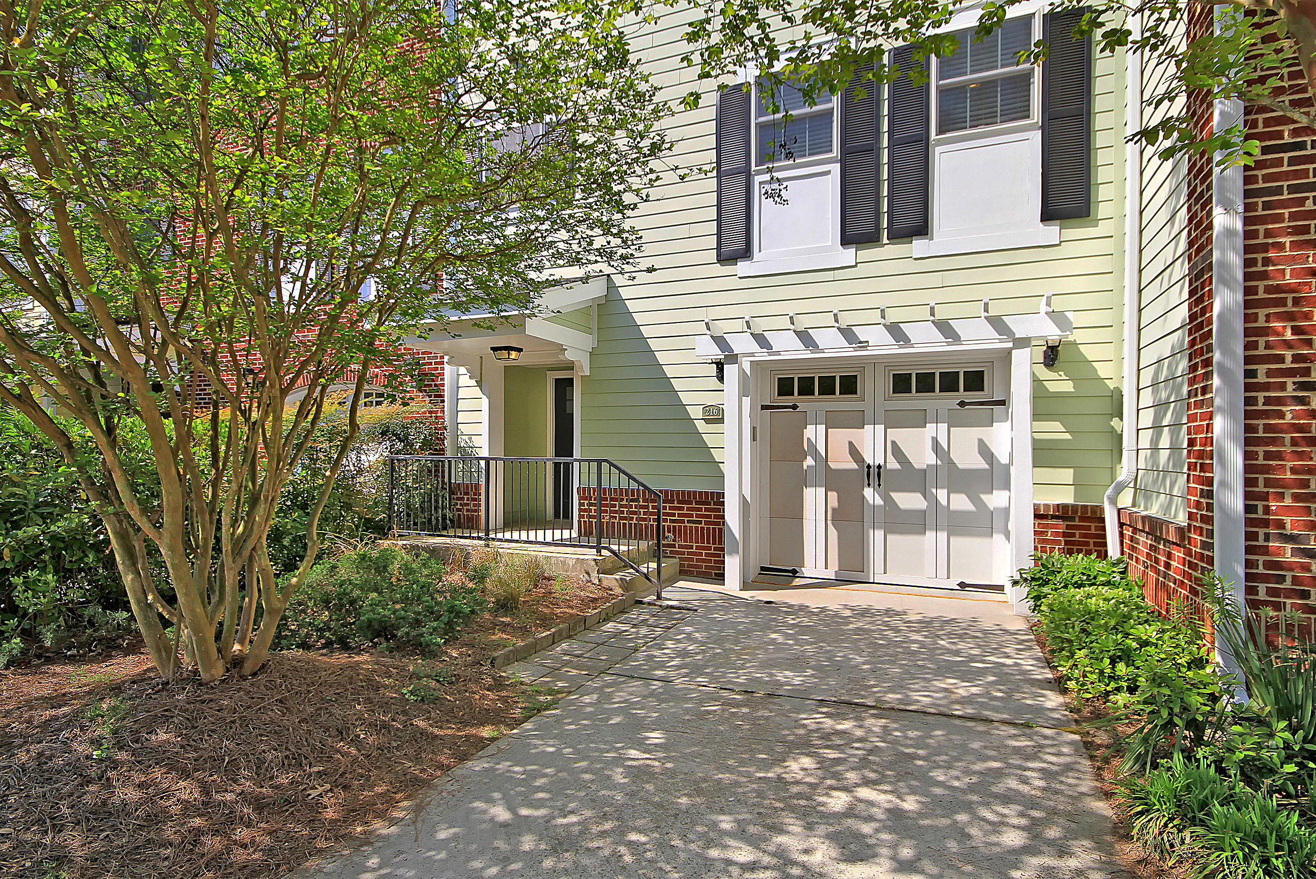 216 Etiwan Pointe Drive UNIT 115-4 Mount Pleasant, SC 29464