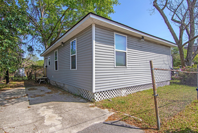 2106 Courtland Avenue Charleston, SC 29403