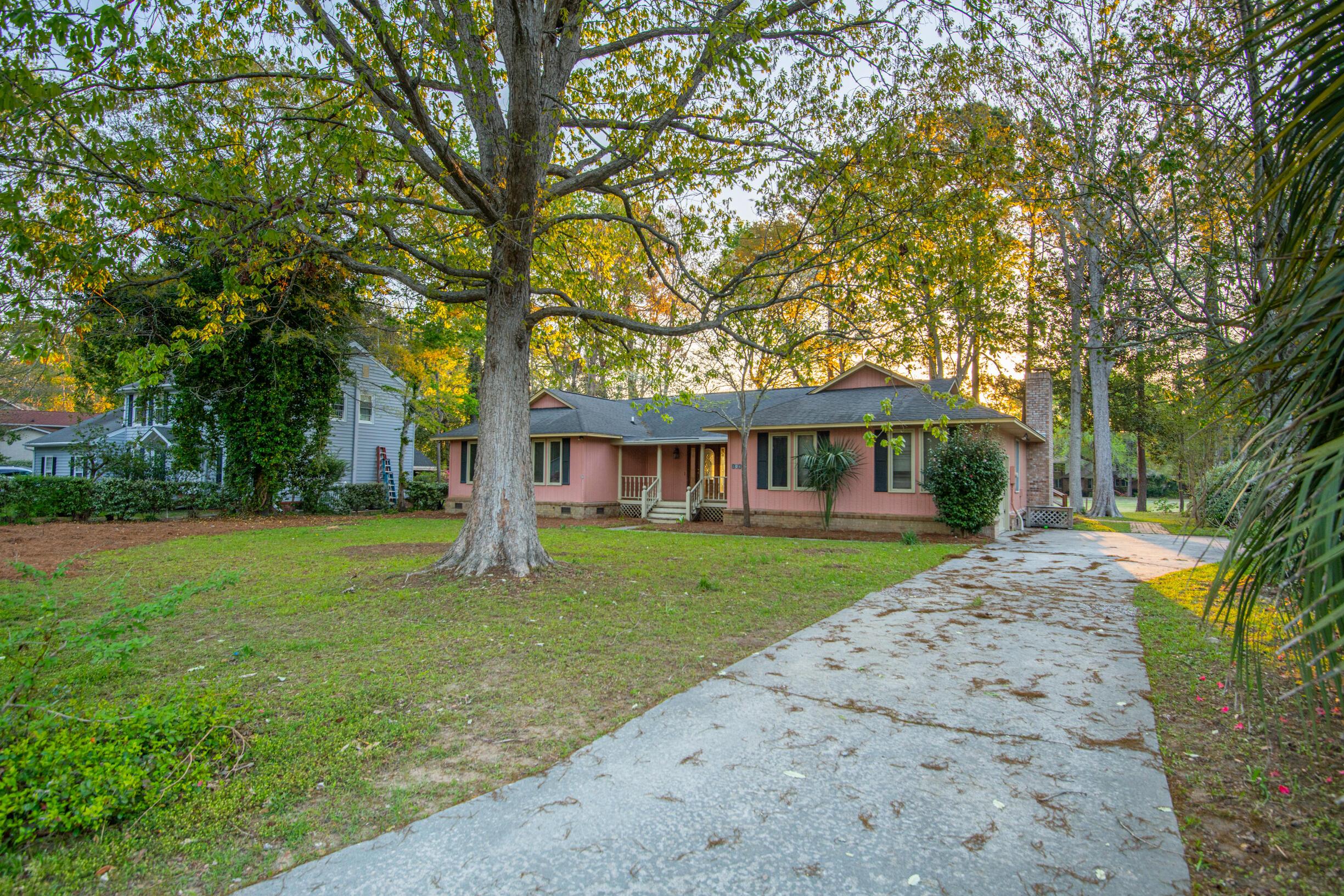 Snee Farm Homes For Sale - 1047 Royalist, Mount Pleasant, SC - 27