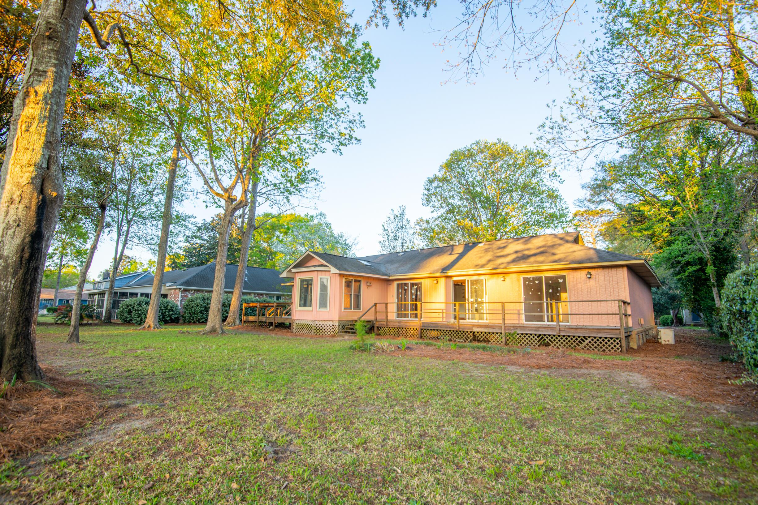 Snee Farm Homes For Sale - 1047 Royalist, Mount Pleasant, SC - 35