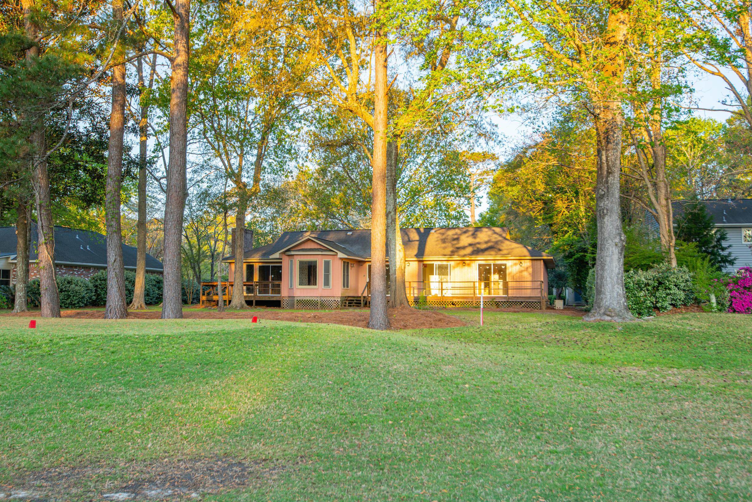 Snee Farm Homes For Sale - 1047 Royalist, Mount Pleasant, SC - 23